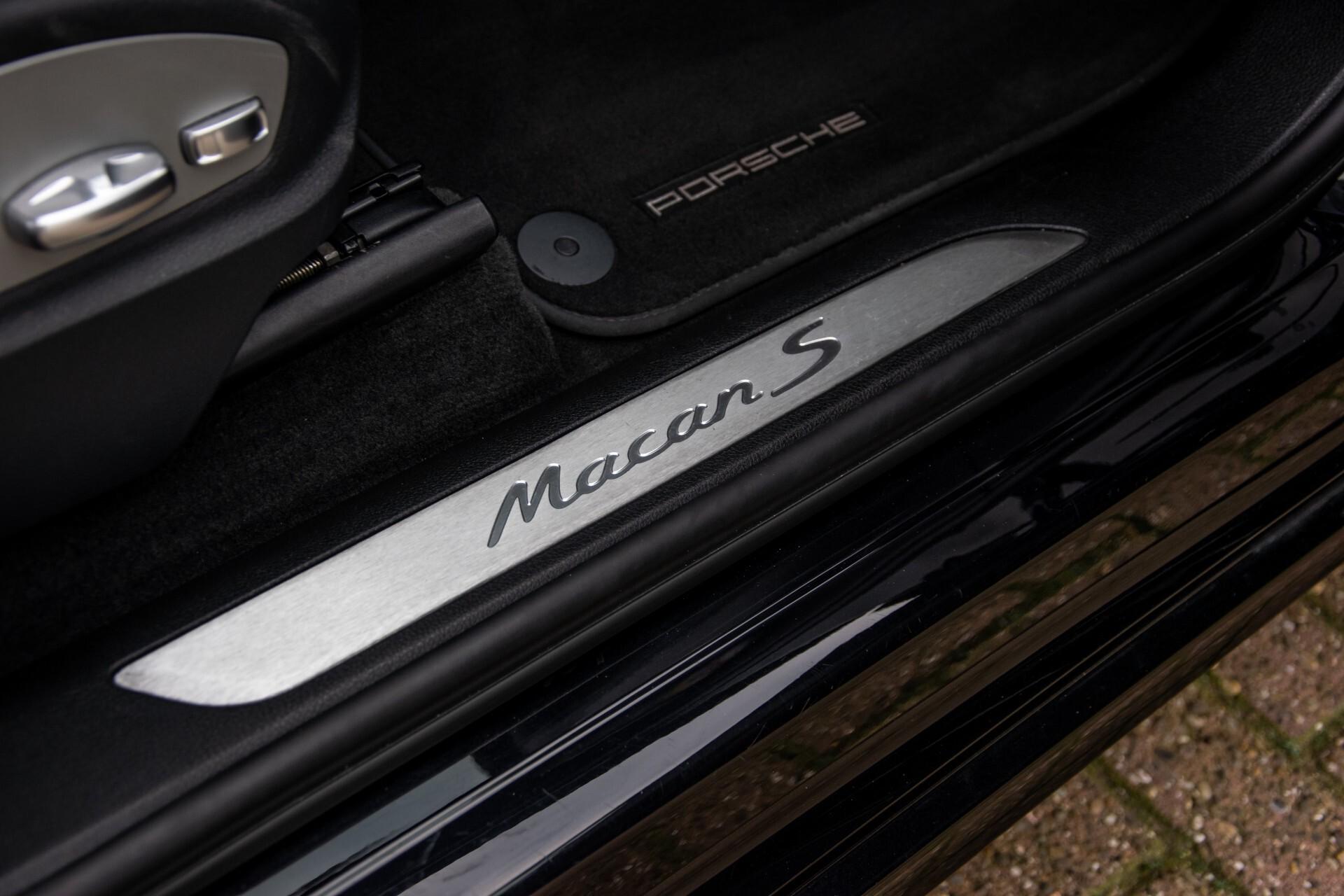 Porsche Macan 3.0 D S Luchtvering/Sport Design/Keyless/Panorama/ACC/Camera Aut Foto 35
