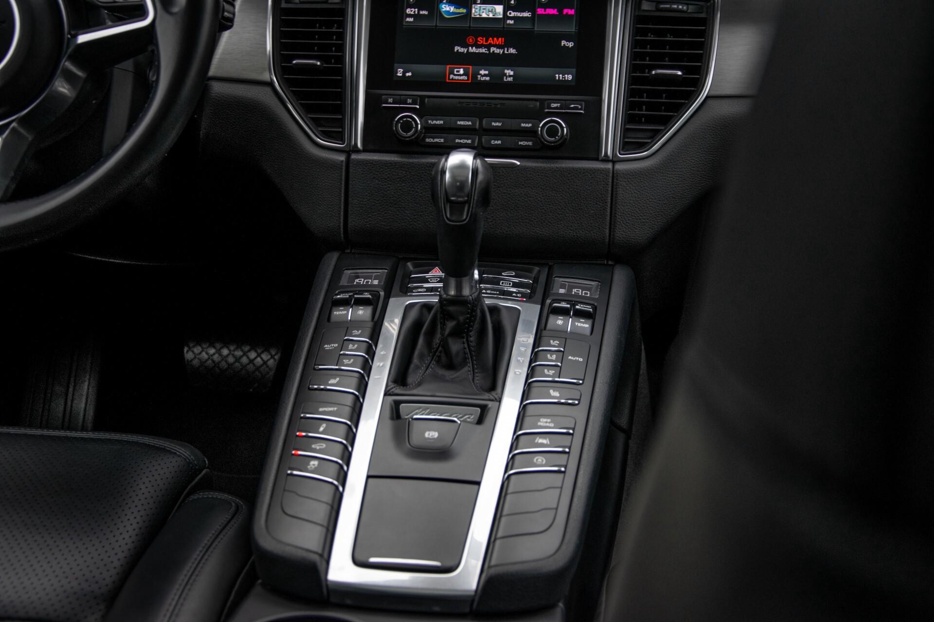 Porsche Macan 3.0 D S Luchtvering/Sport Design/Keyless/Panorama/ACC/Camera Aut Foto 36
