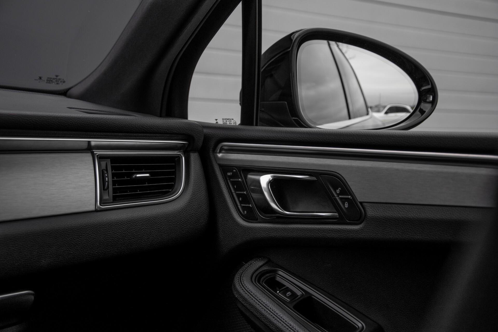 Porsche Macan 3.0 D S Luchtvering/Sport Design/Keyless/Panorama/ACC/Camera Aut Foto 39