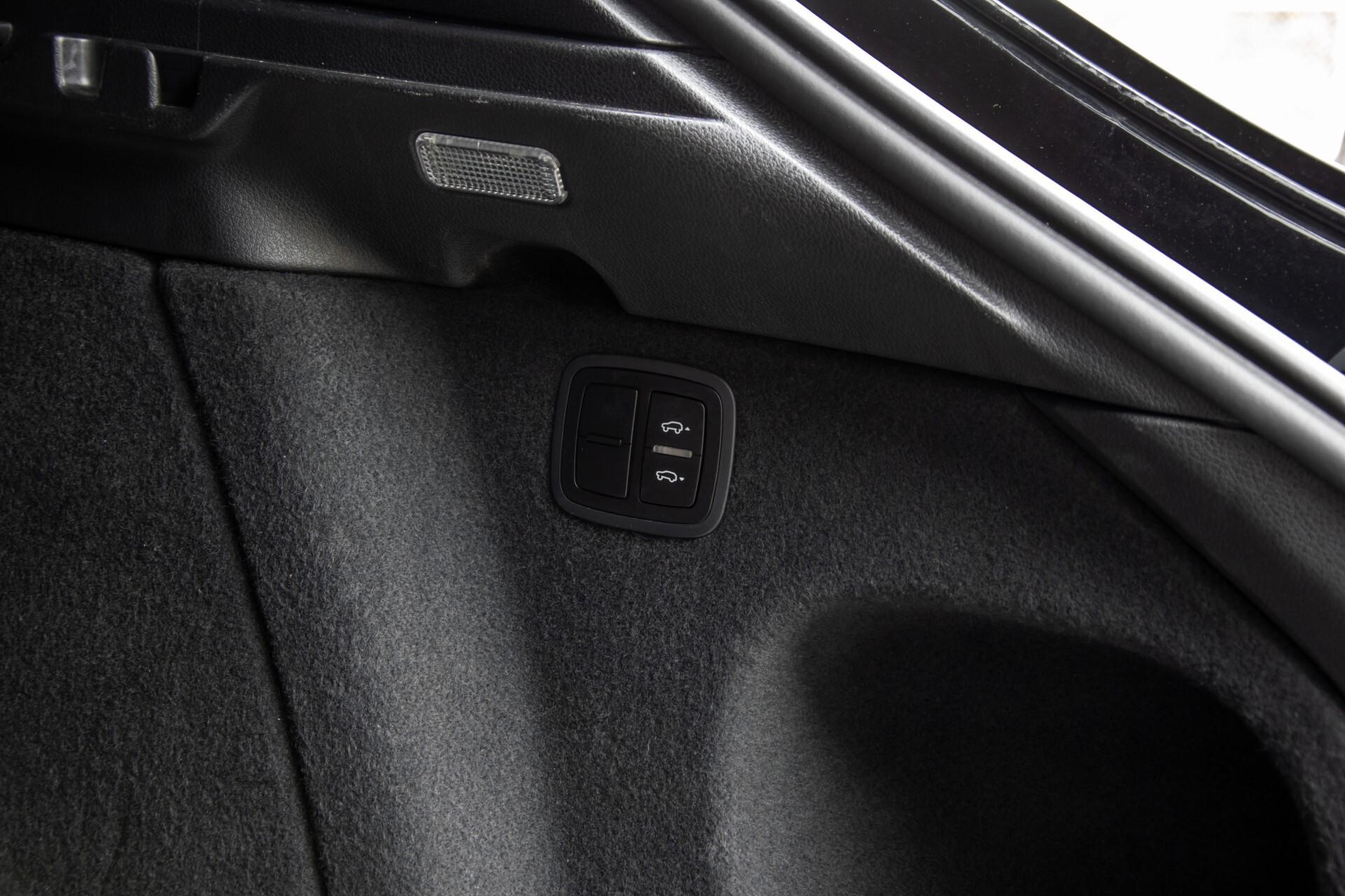 Porsche Macan 3.0 D S Luchtvering/Sport Design/Keyless/Panorama/ACC/Camera Aut Foto 43