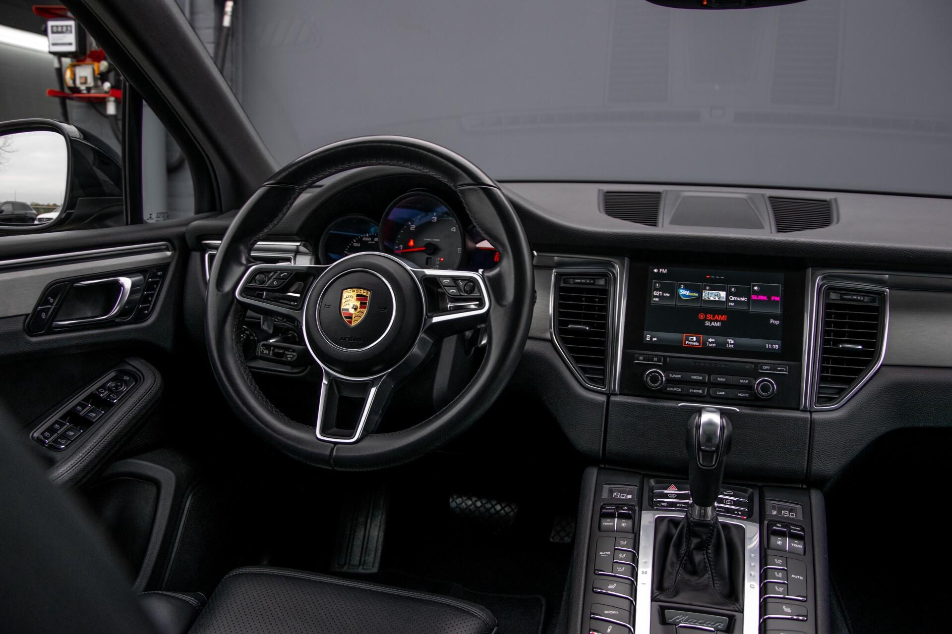 Porsche Macan 3.0 D S Luchtvering/Sport Design/Keyless/Panorama/ACC/Camera Aut Foto 7