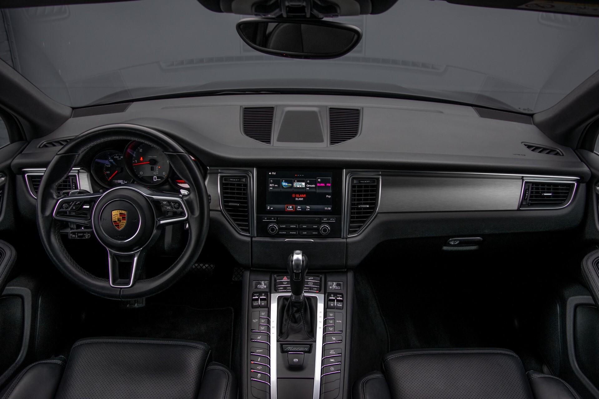 Porsche Macan 3.0 D S Luchtvering/Sport Design/Keyless/Panorama/ACC/Camera Aut Foto 8
