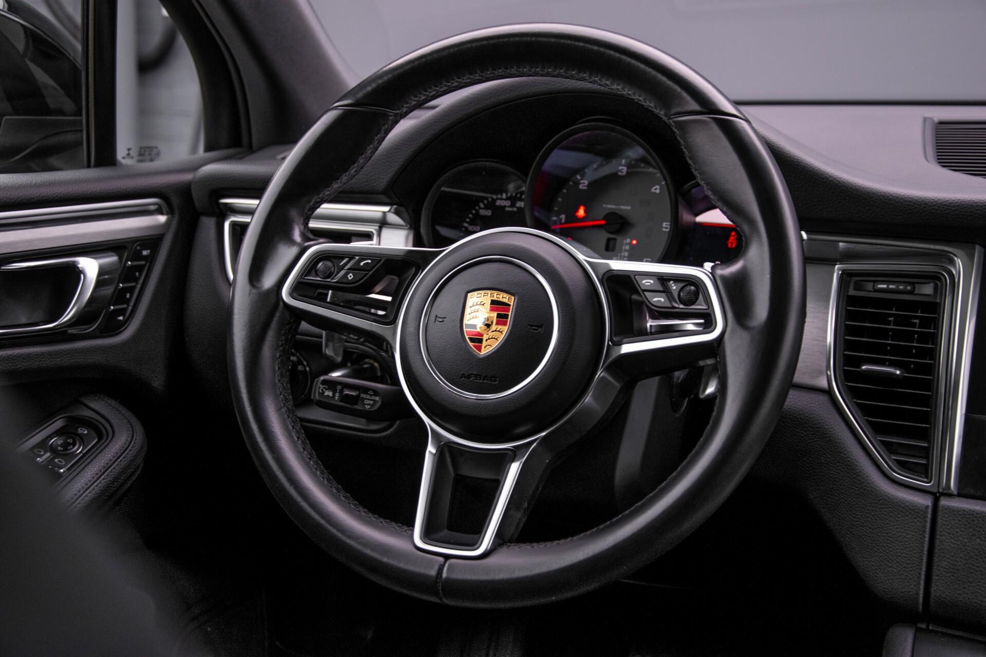 Porsche Macan 3.0 D S Luchtvering/Sport Design/Keyless/Panorama/ACC/Camera Aut Foto 9