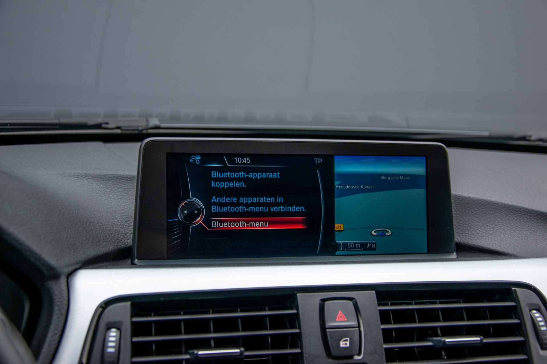 BMW 3 Serie Touring 316i M-Sportpakket Executive NL Auto/NAP Aut8 Foto 19