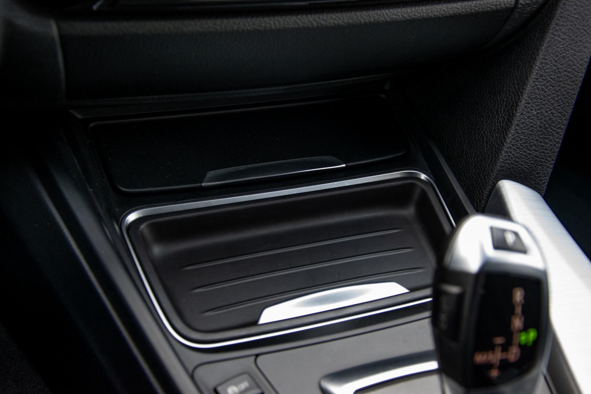 BMW 3 Serie Touring 316i M-Sportpakket Executive NL Auto/NAP Aut8 Foto 20