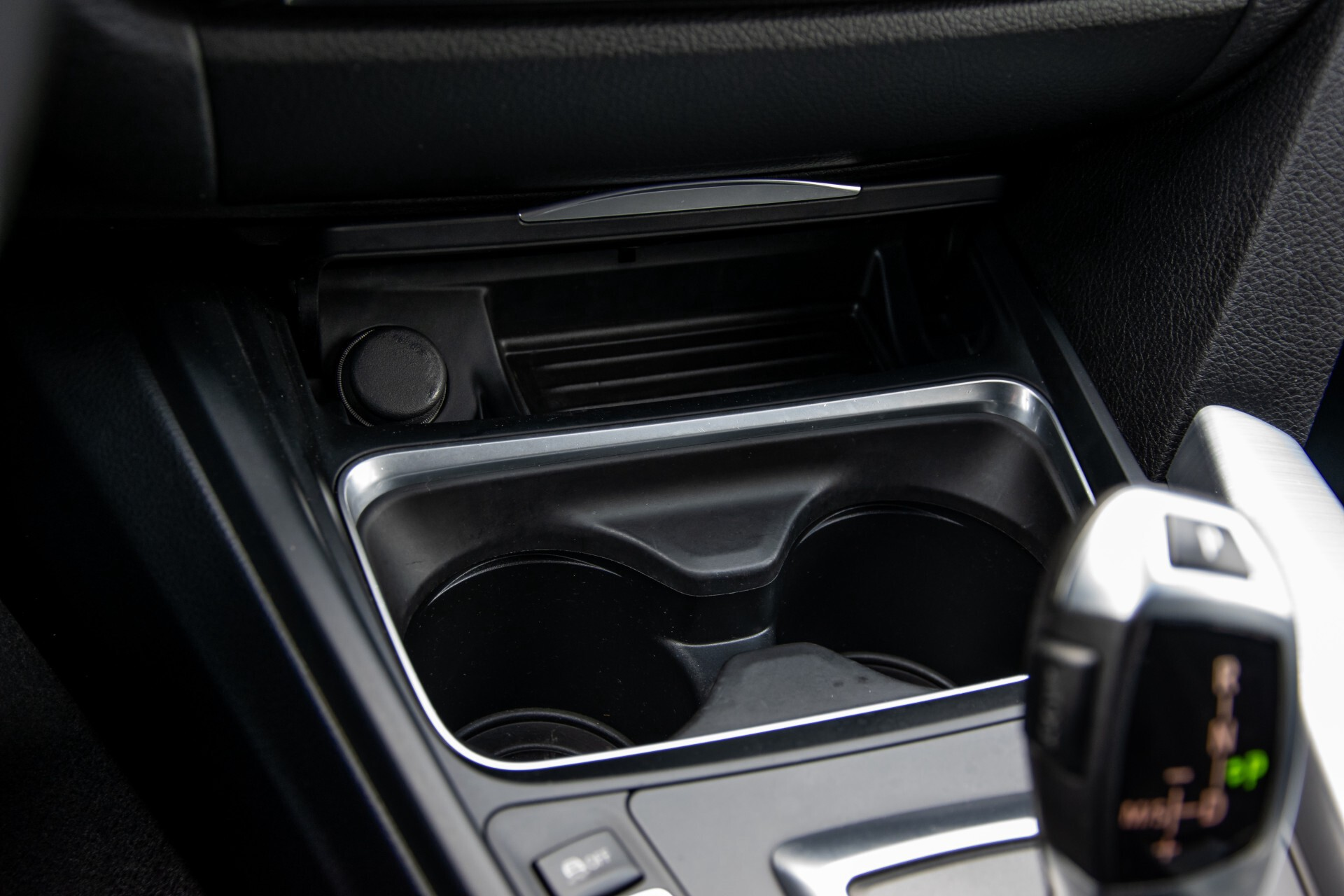 BMW 3 Serie Touring 316i M-Sportpakket Executive NL Auto/NAP Aut8 Foto 22