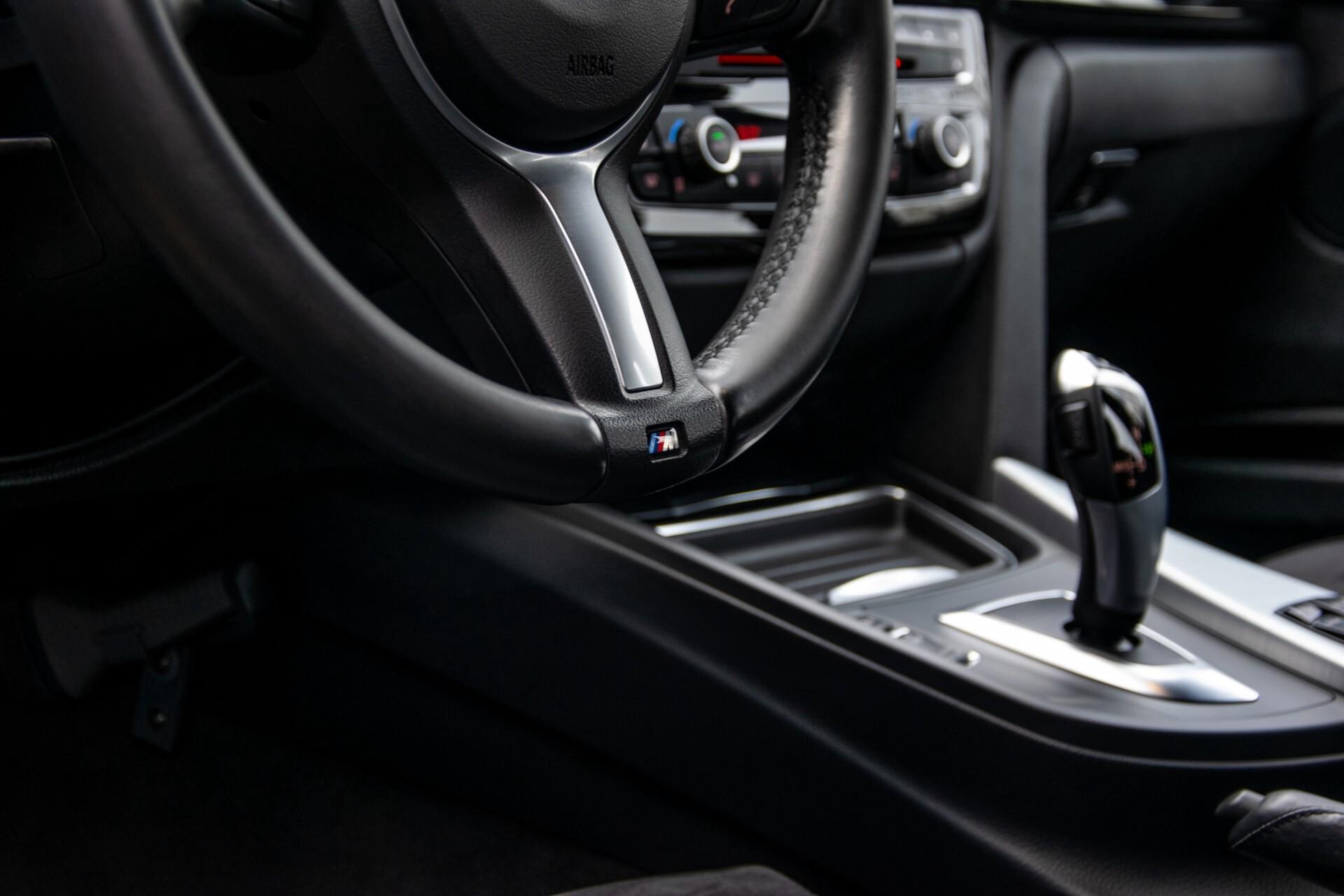 BMW 3 Serie Touring 316i M-Sportpakket Executive NL Auto/NAP Aut8 Foto 28