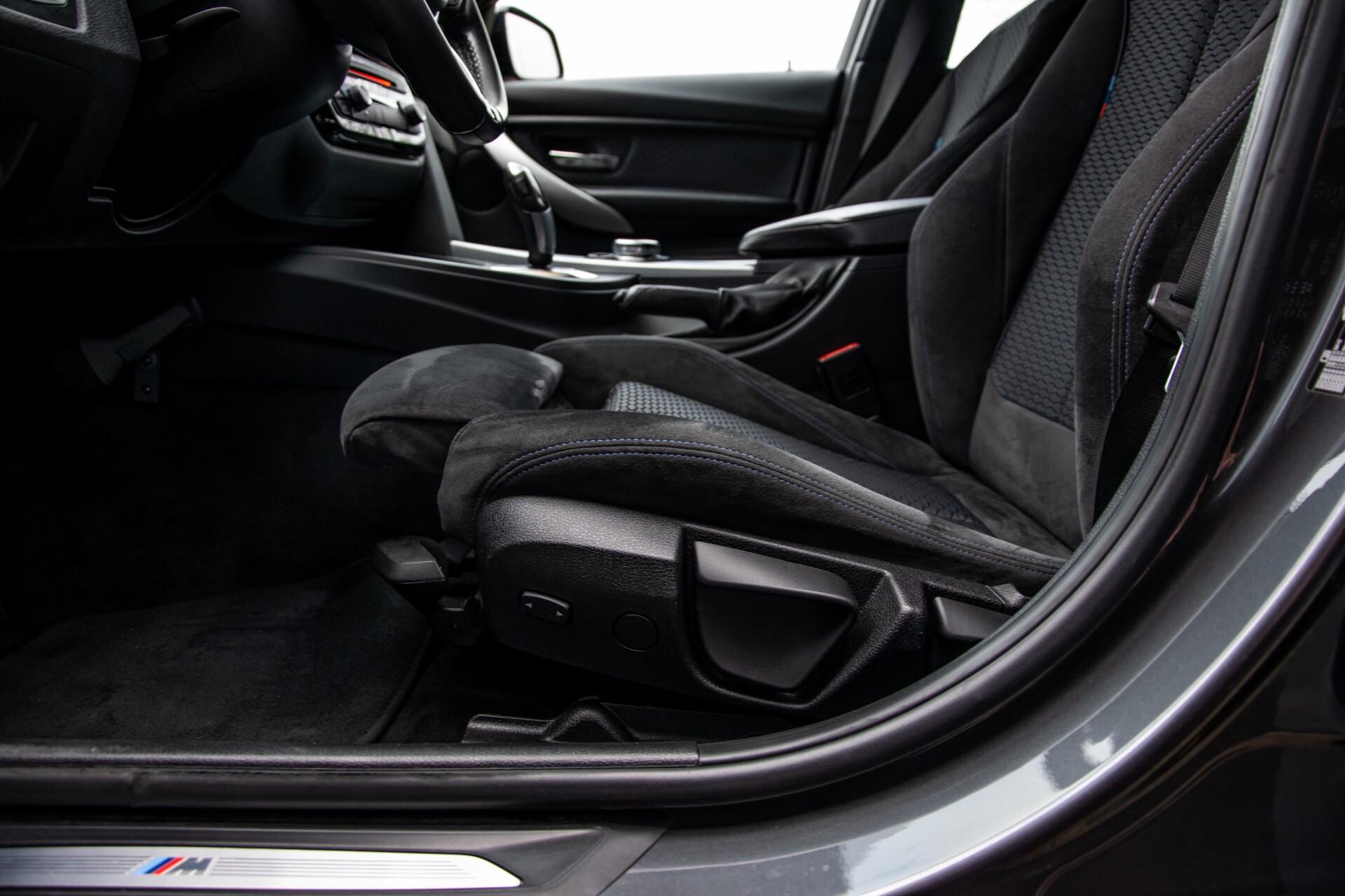 BMW 3 Serie Touring 316i M-Sportpakket Executive NL Auto/NAP Aut8 Foto 29