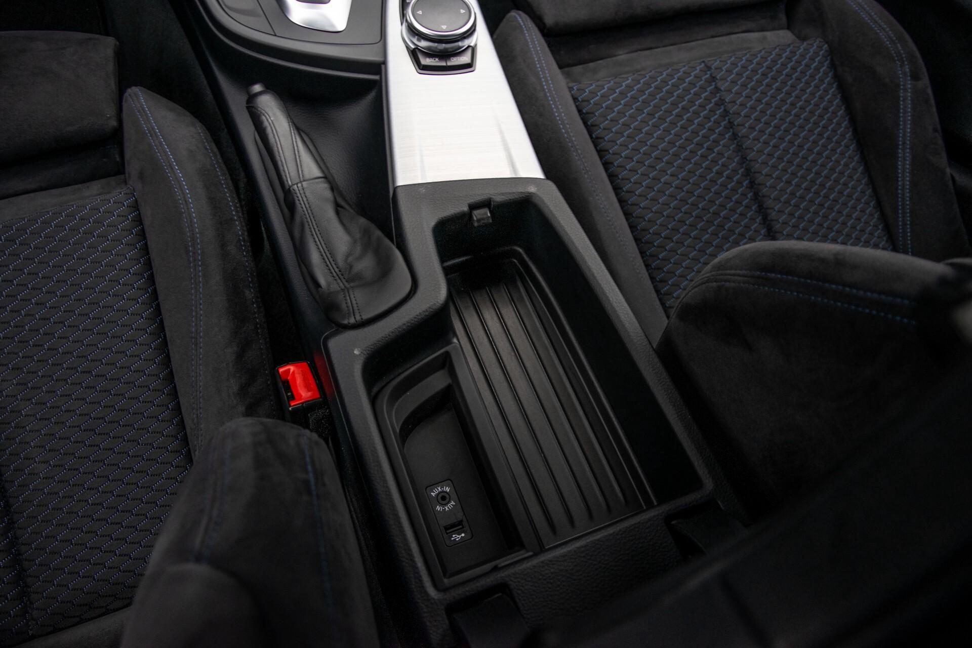 BMW 3 Serie Touring 316i M-Sportpakket Executive NL Auto/NAP Aut8 Foto 40