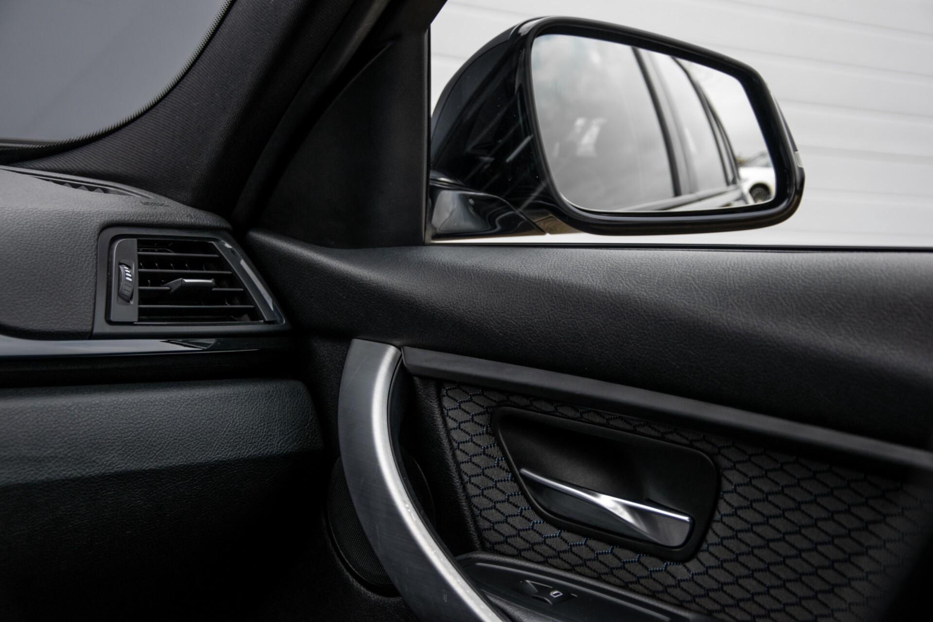 BMW 3 Serie Touring 316i M-Sportpakket Executive NL Auto/NAP Aut8 Foto 41