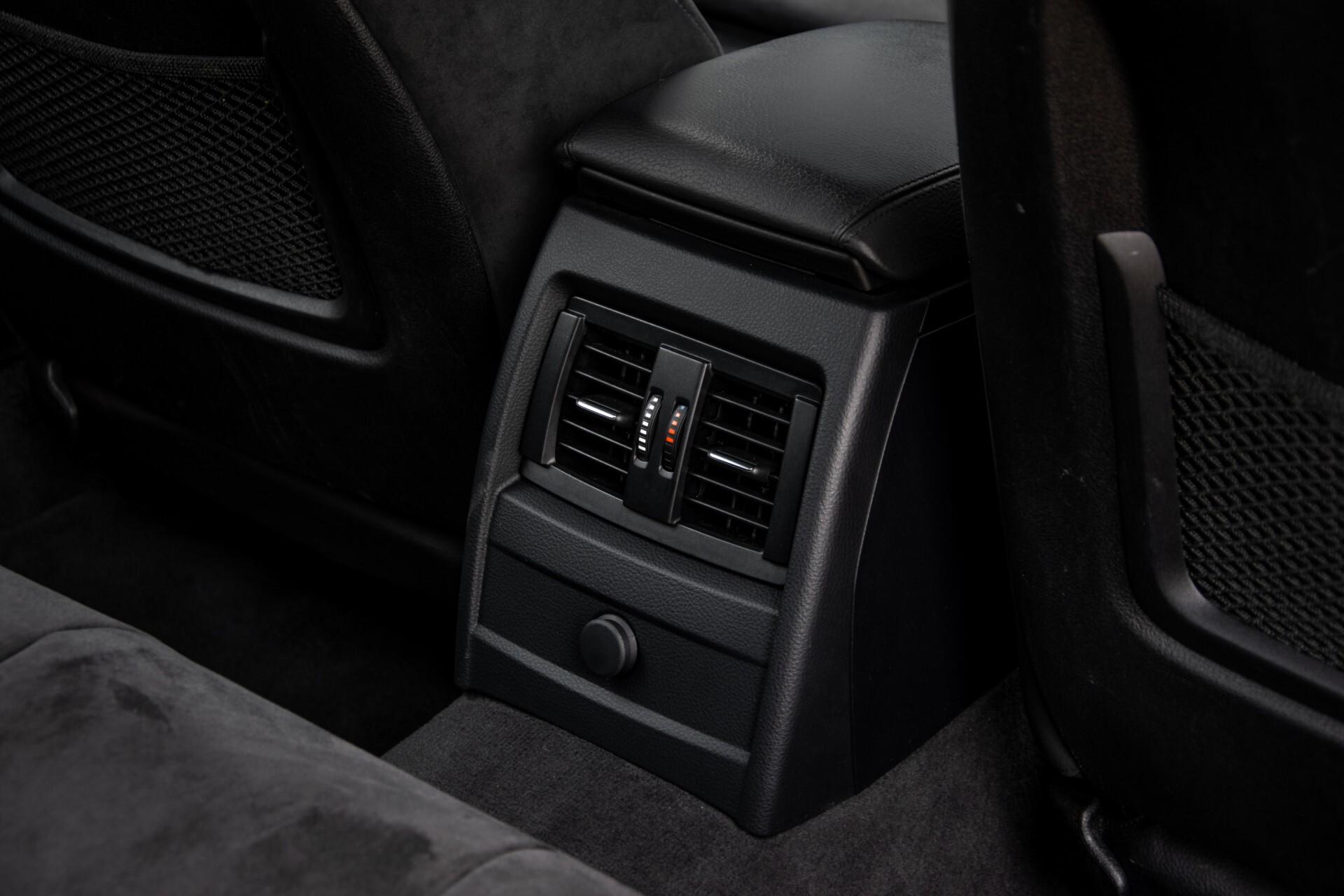 BMW 3 Serie Touring 316i M-Sportpakket Executive NL Auto/NAP Aut8 Foto 44