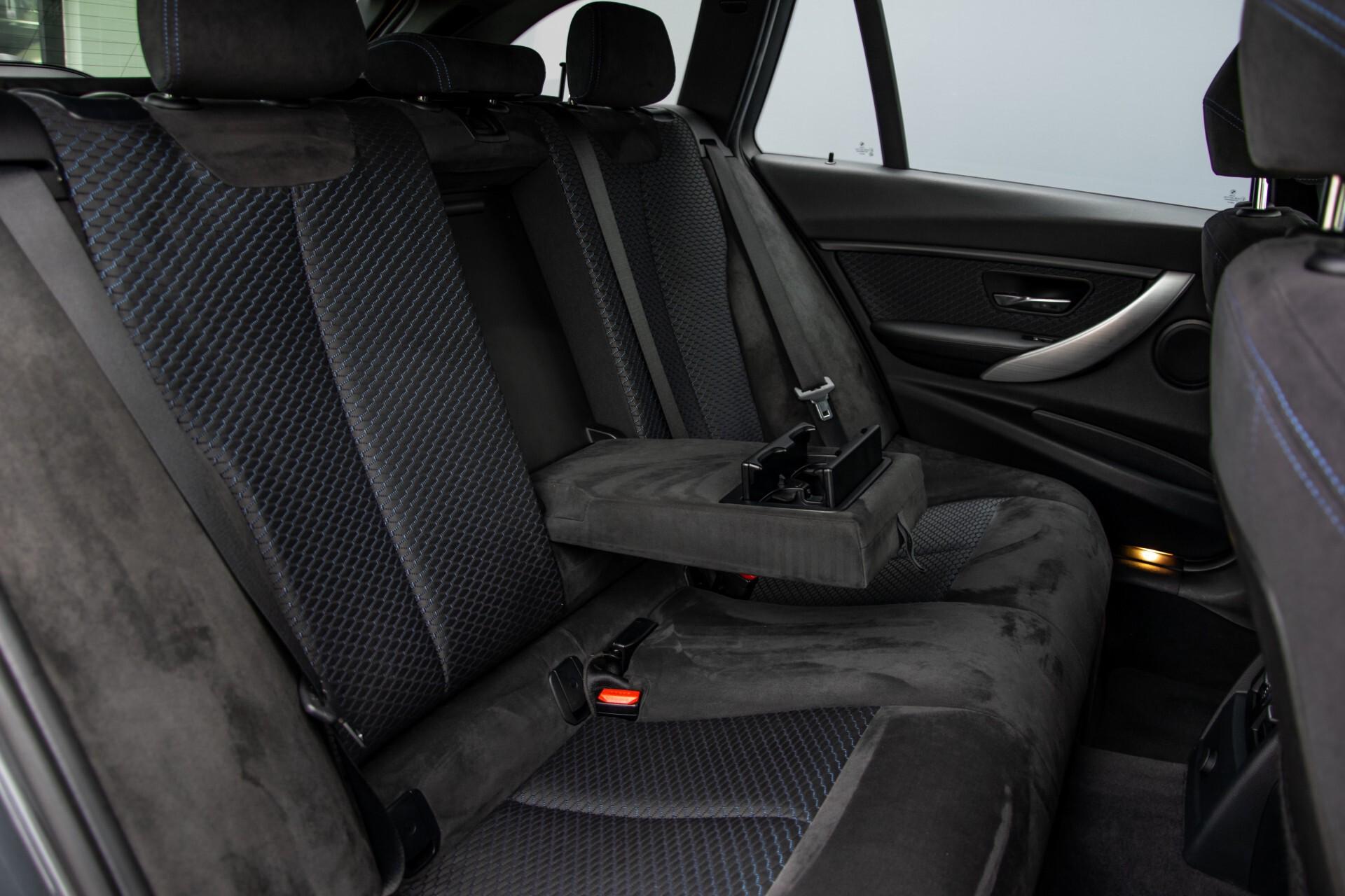 BMW 3 Serie Touring 316i M-Sportpakket Executive NL Auto/NAP Aut8 Foto 5