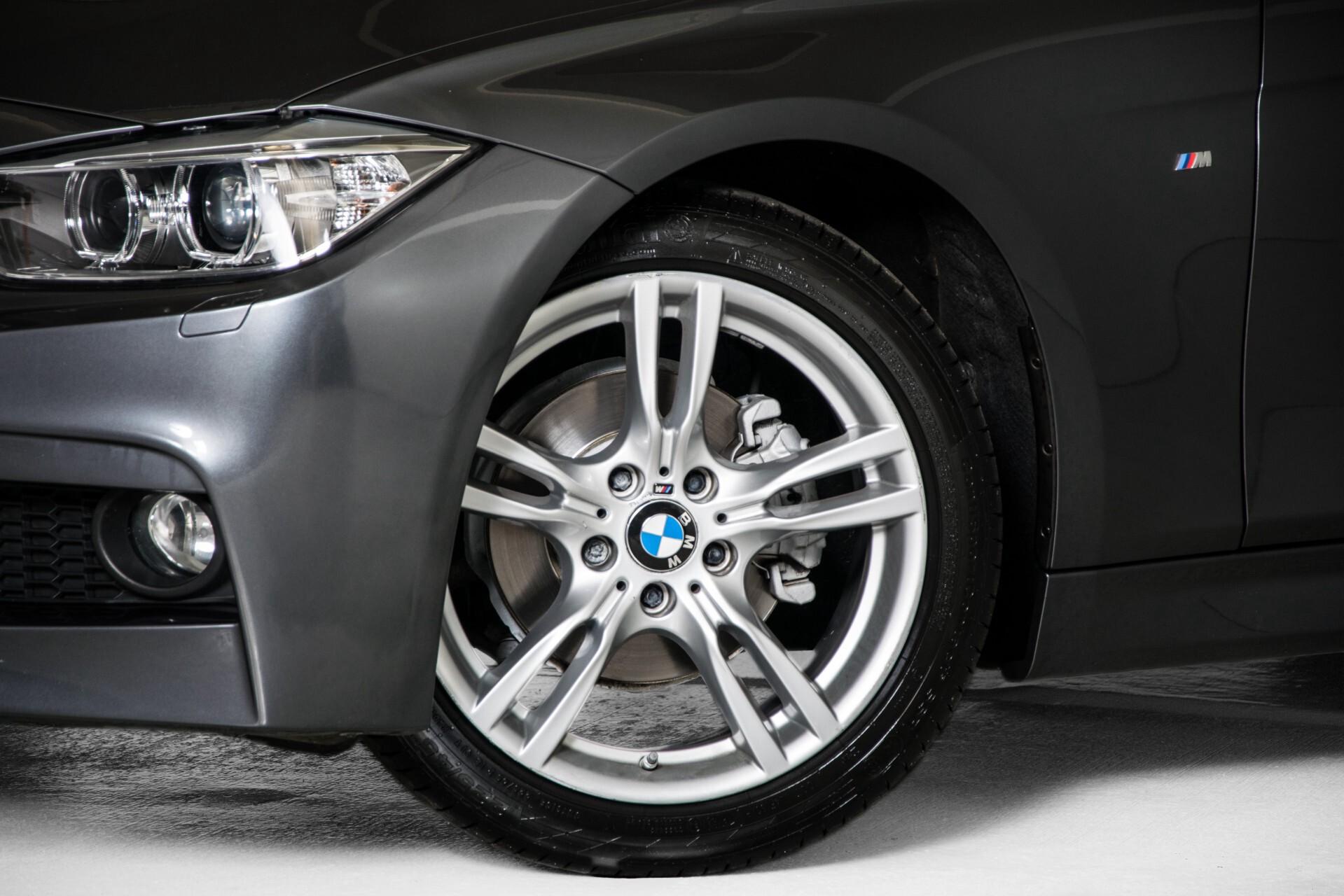 BMW 3 Serie Touring 316i M-Sportpakket Executive NL Auto/NAP Aut8 Foto 51