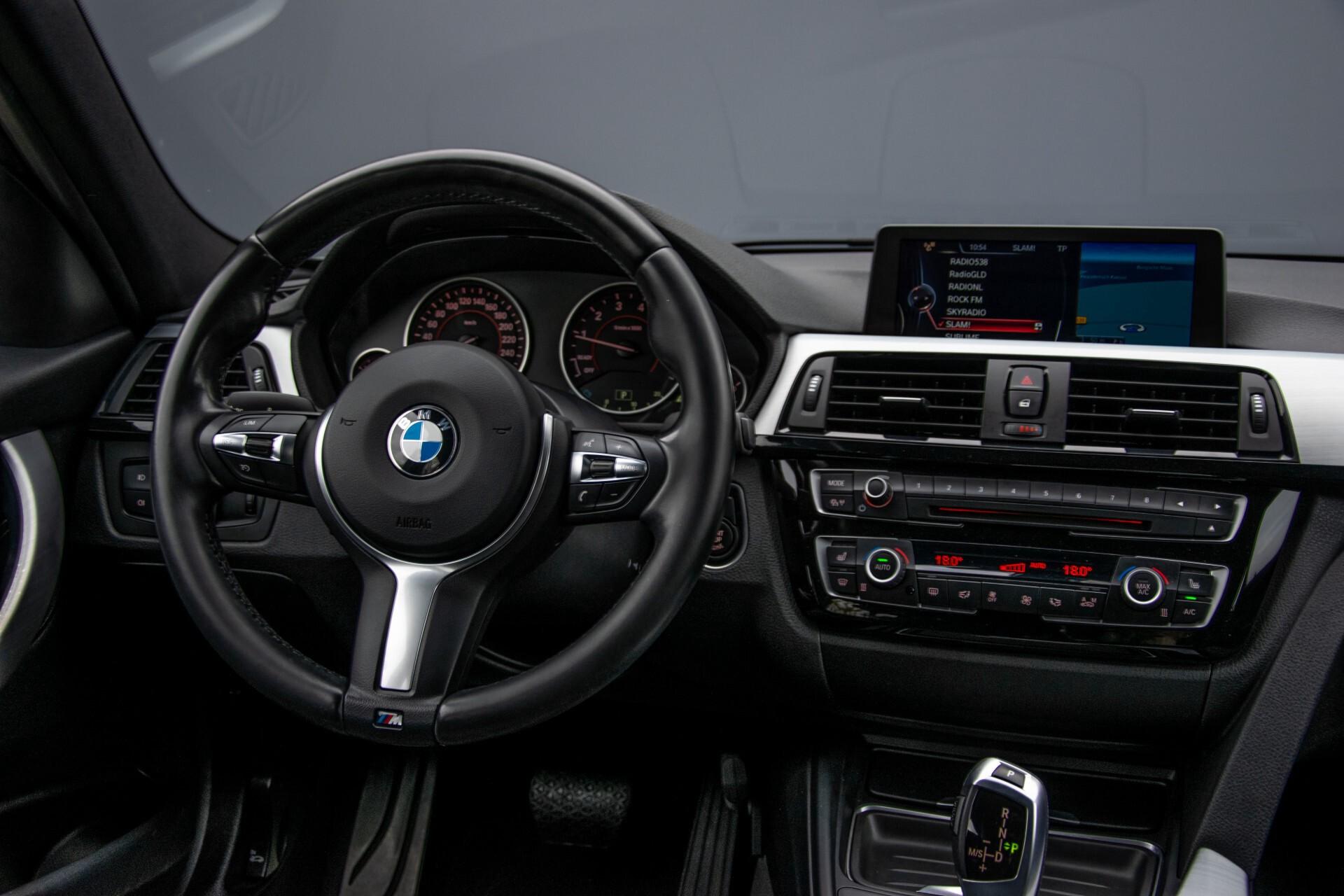 BMW 3 Serie Touring 316i M-Sportpakket Executive NL Auto/NAP Aut8 Foto 7