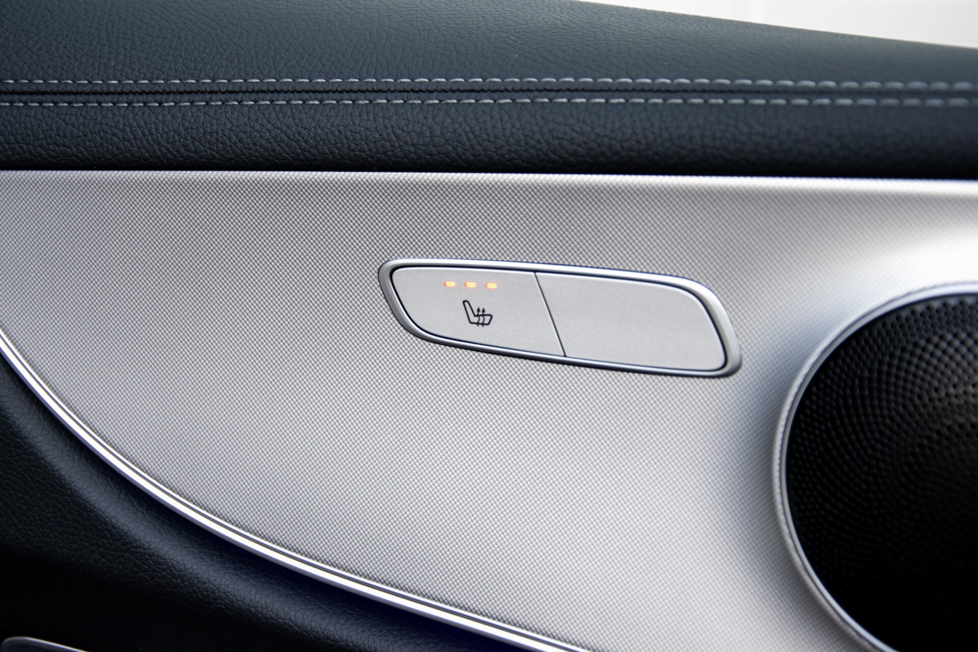Mercedes-Benz E-Klasse Coupé 200 AMG Panorama/Night/Carbon/Premium/Widescreen/ILS Aut9 Foto 19