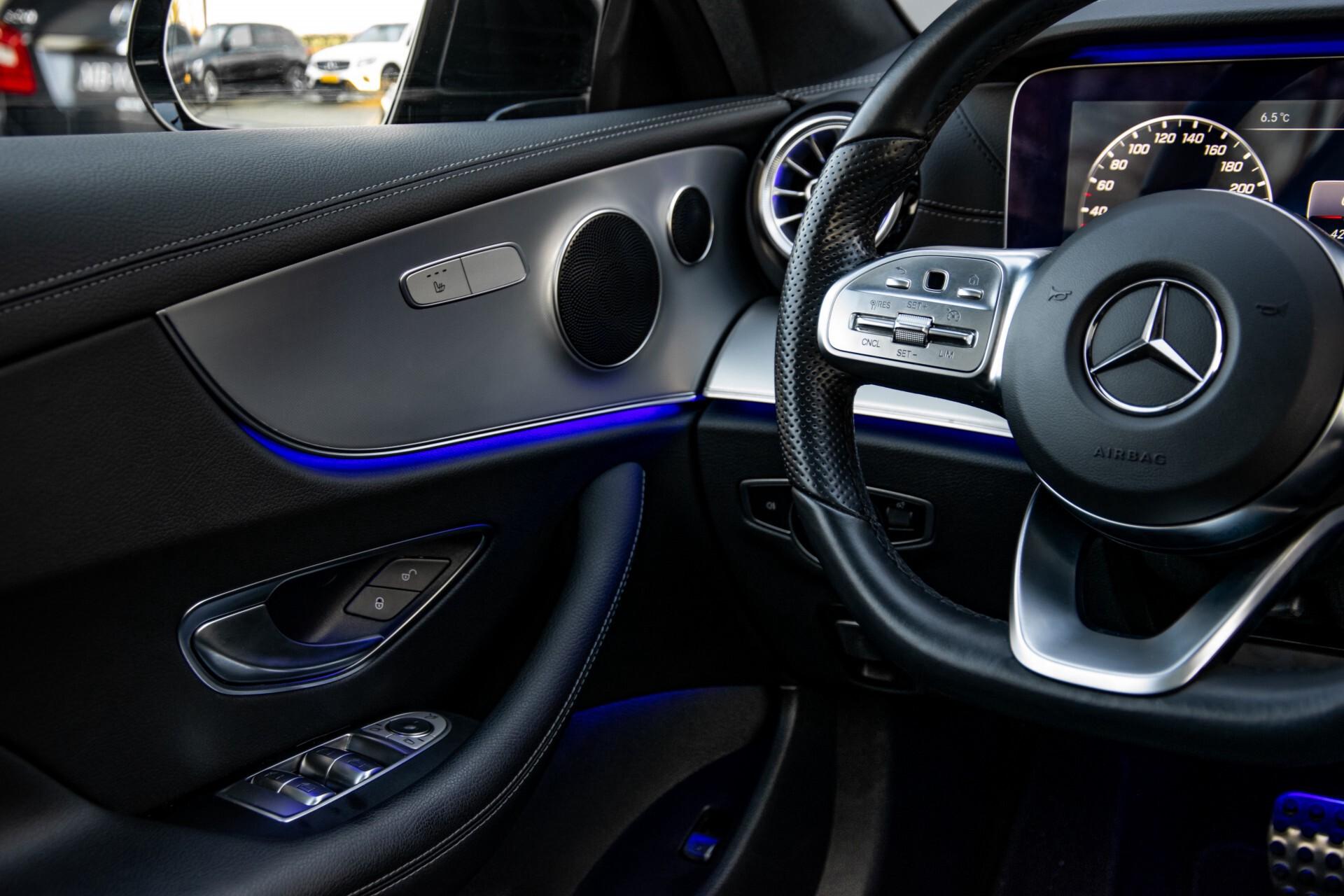 Mercedes-Benz E-Klasse Coupé 200 AMG Panorama/Night/Carbon/Premium/Widescreen/ILS Aut9 Foto 44