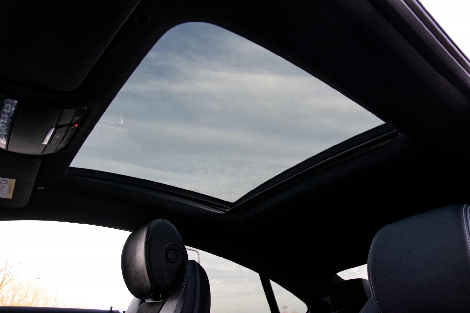 Mercedes-Benz E-Klasse Coupé 200 AMG Panorama/Night/Carbon/Premium/Widescreen/ILS Aut9 Foto 48