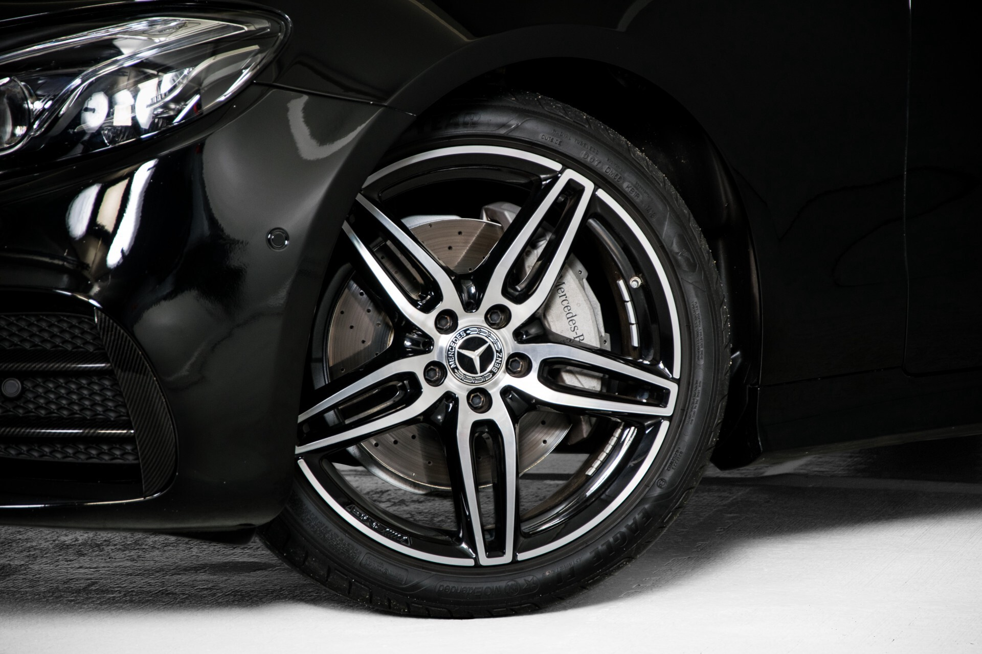 Mercedes-Benz E-Klasse Coupé 200 AMG Panorama/Night/Carbon/Premium/Widescreen/ILS Aut9 Foto 58