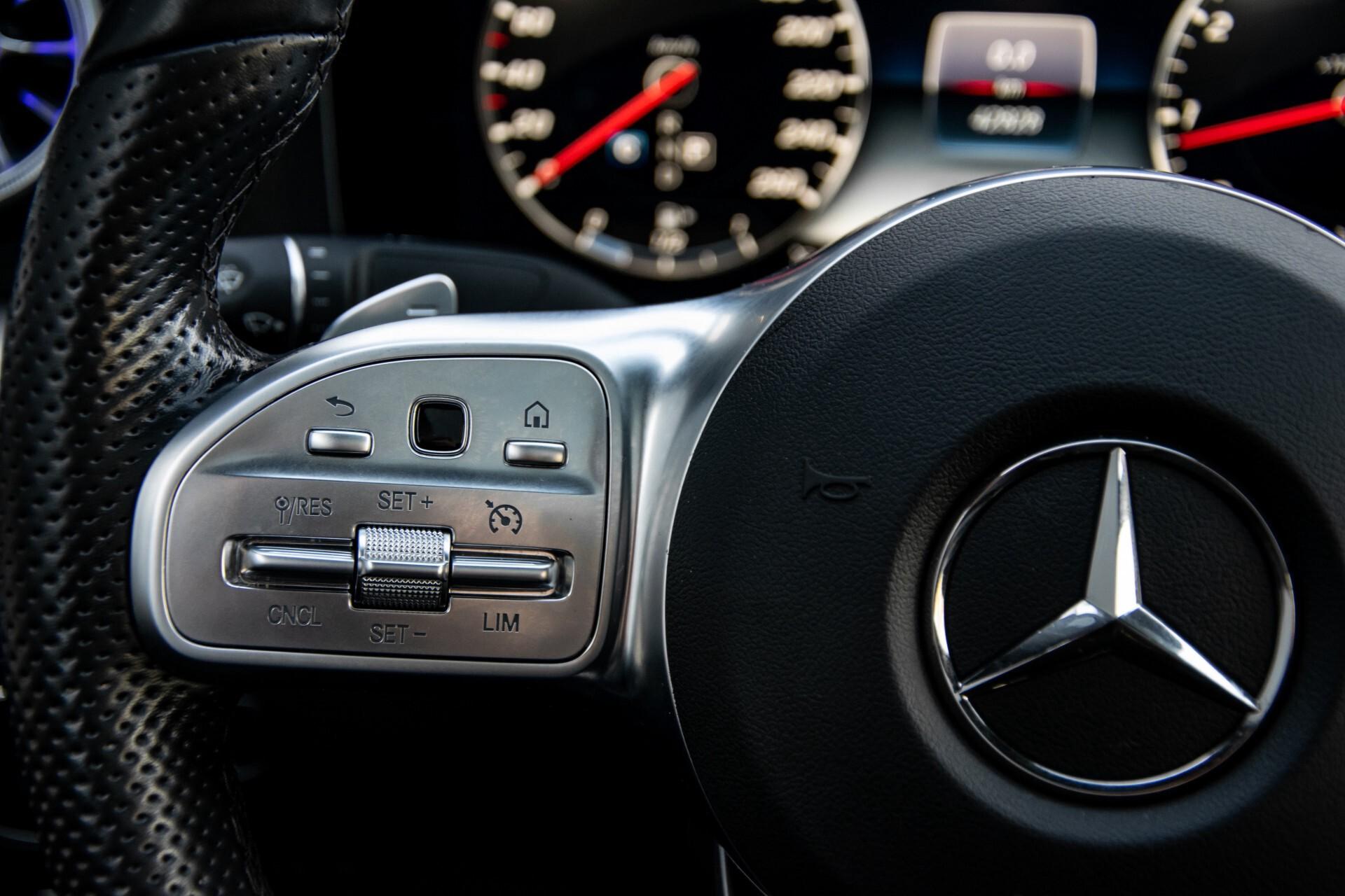 Mercedes-Benz E-Klasse Coupé 200 AMG Panorama/Night/Carbon/Premium/Widescreen/ILS Aut9 Foto 8