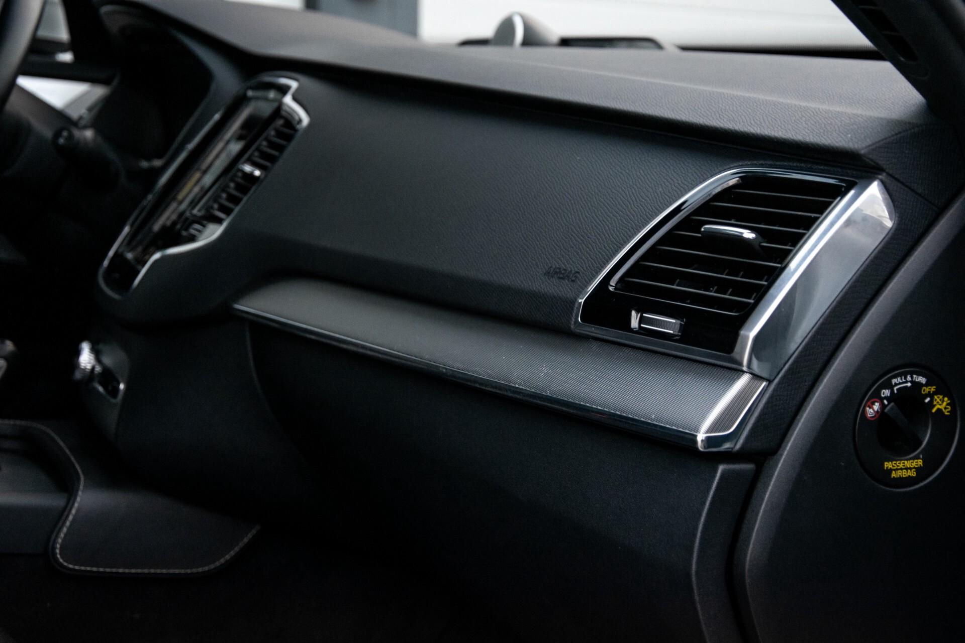"Volvo XC90 2.0 T6 AWD R-Design Panorama/Keyless/B&W/ACC/Standkachel/22"" Aut8 Foto 30"