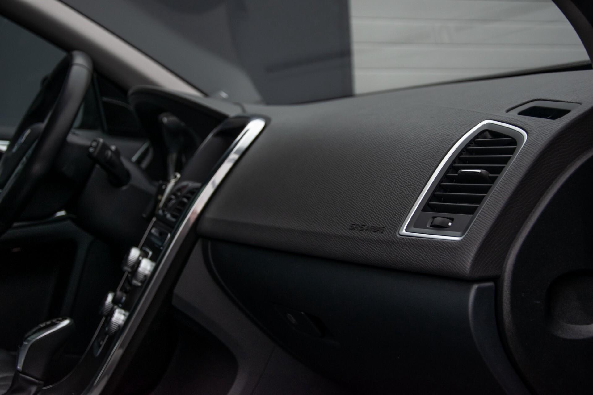 Volvo XC60 2.0 T5 FWD Ocean Race Panorama/Leer/Dealer OH Aut8 Foto 33