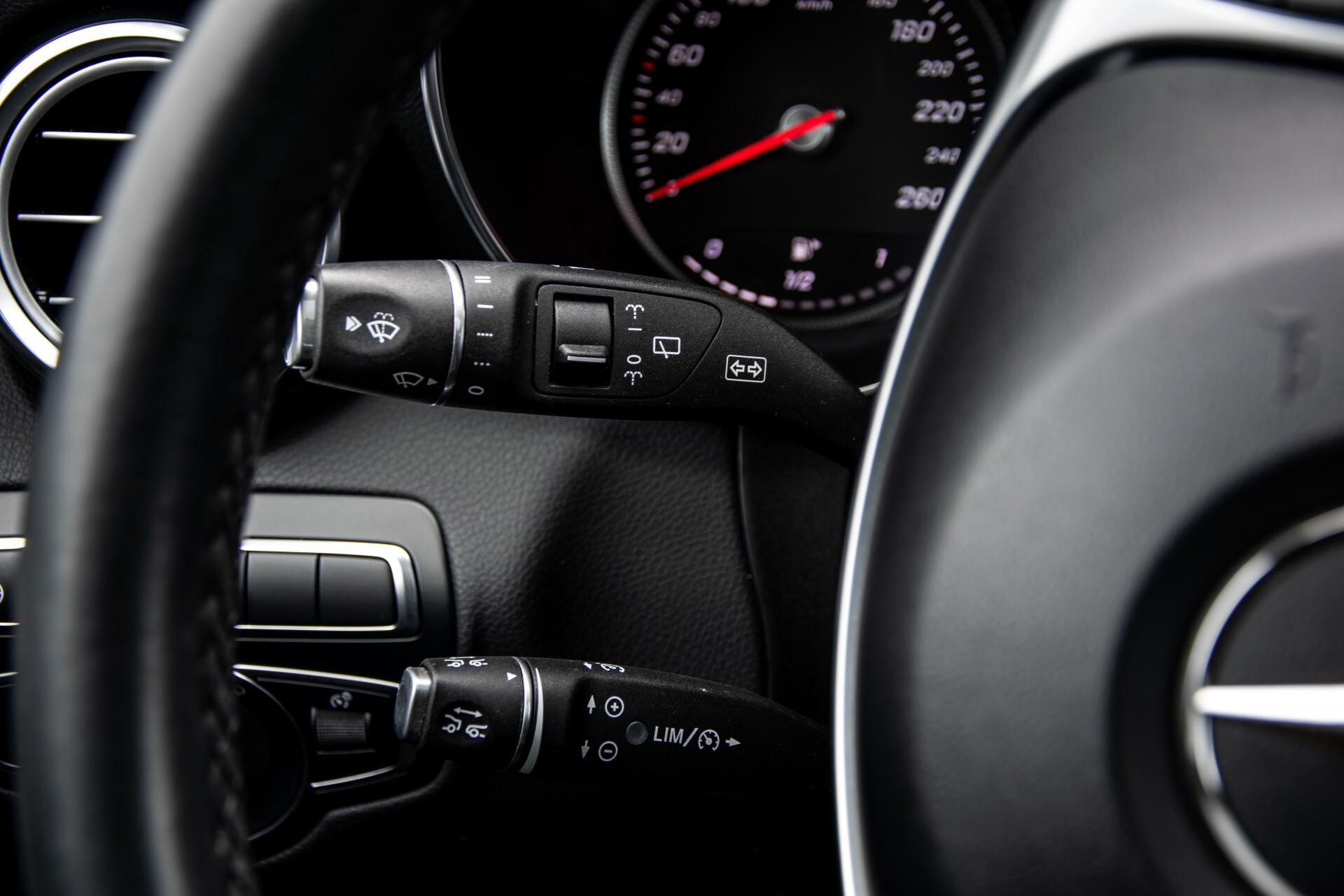 Mercedes-Benz GLC 220 d 4-M AMG/Distronic/Panorama/Comand/HUD/Afn-Trhk Aut9 Foto 10