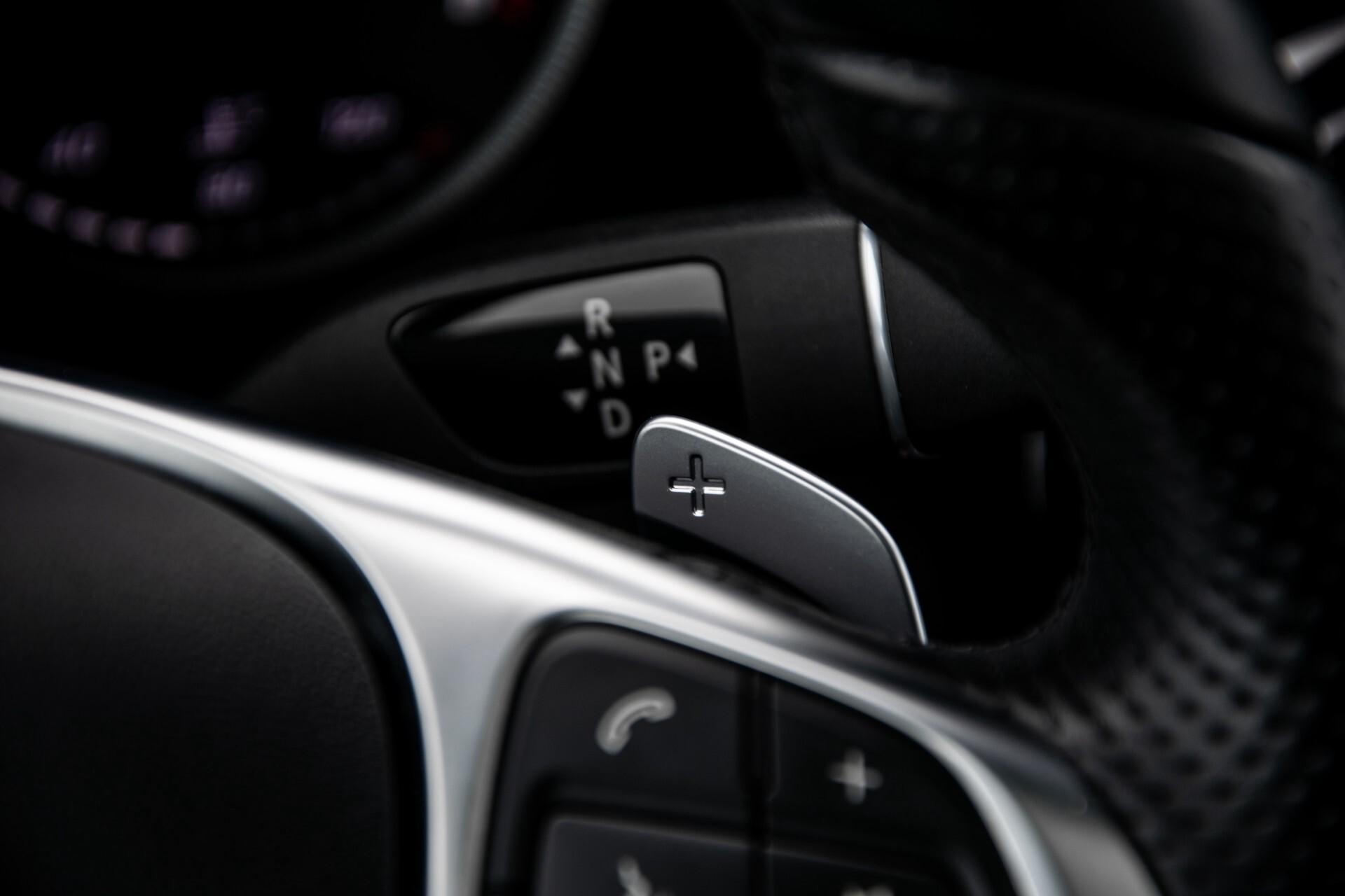 Mercedes-Benz GLC 220 d 4-M AMG/Distronic/Panorama/Comand/HUD/Afn-Trhk Aut9 Foto 13