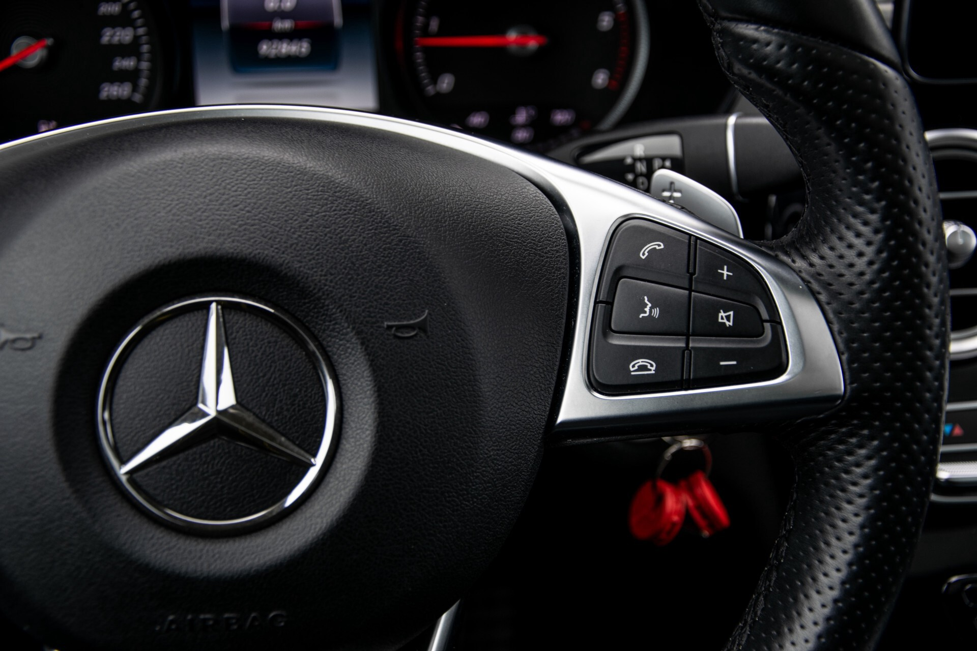 Mercedes-Benz GLC 220 d 4-M AMG/Distronic/Panorama/Comand/HUD/Afn-Trhk Aut9 Foto 15
