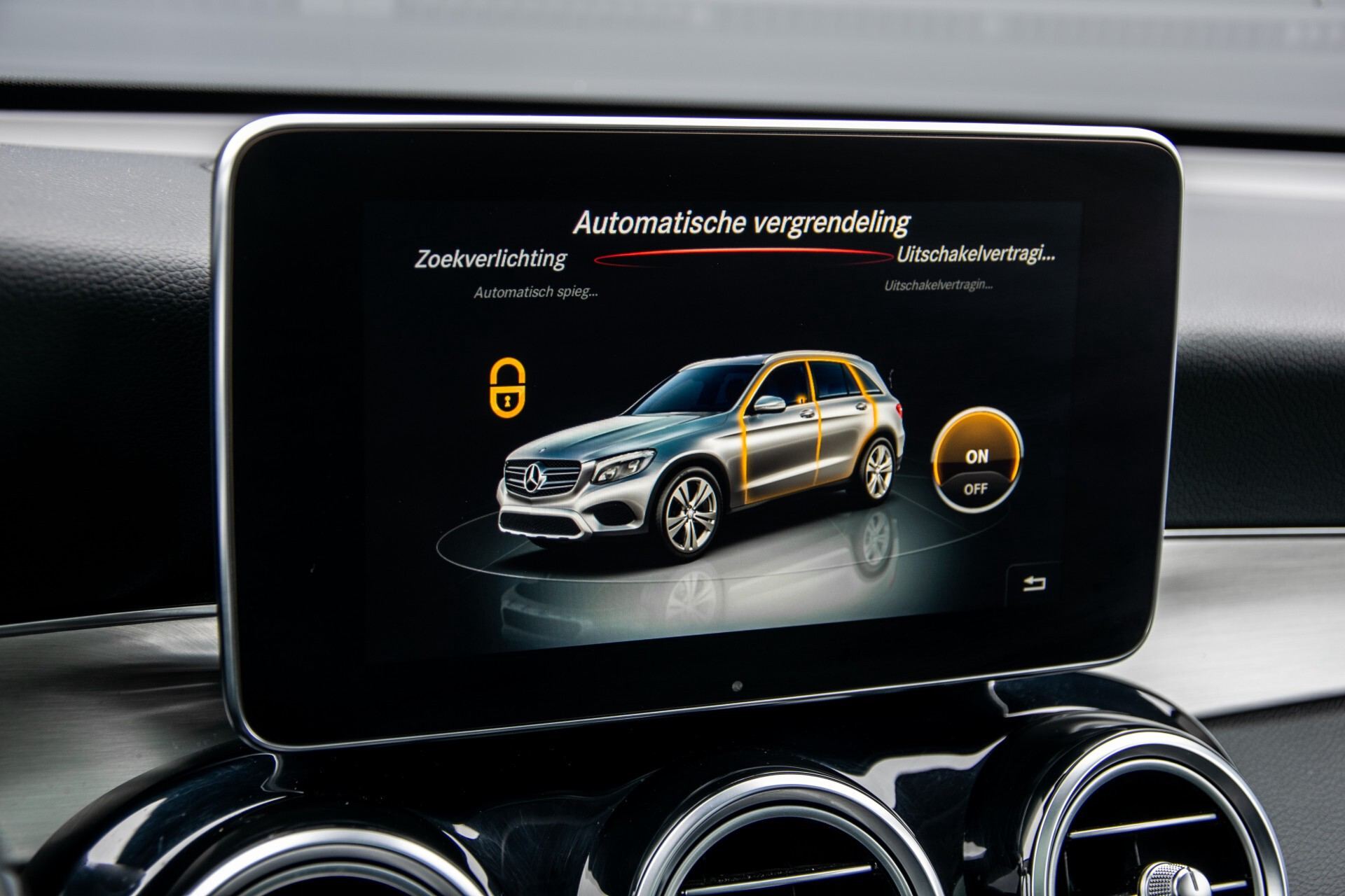 Mercedes-Benz GLC 220 d 4-M AMG/Distronic/Panorama/Comand/HUD/Afn-Trhk Aut9 Foto 18