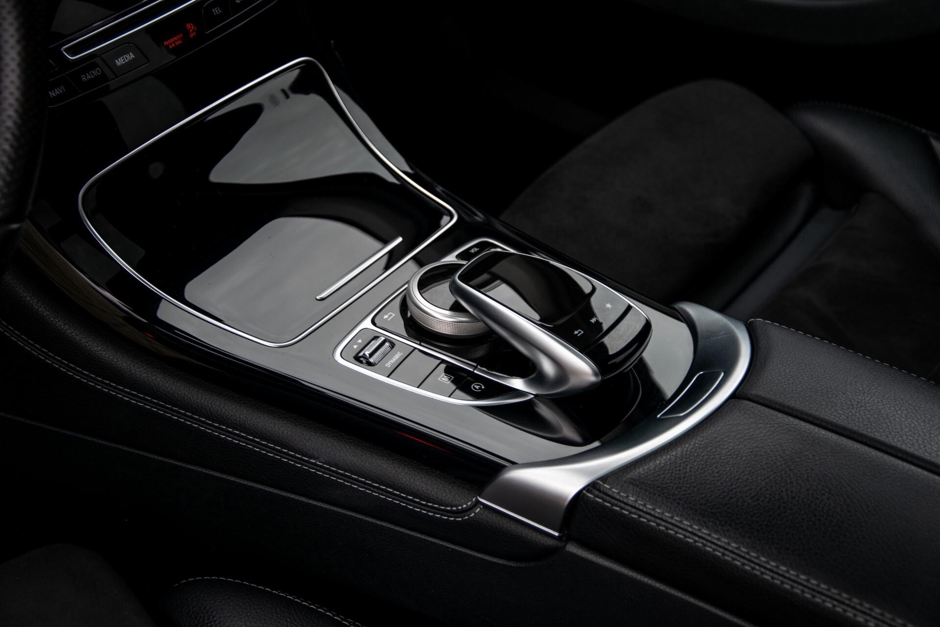 Mercedes-Benz GLC 220 d 4-M AMG/Distronic/Panorama/Comand/HUD/Afn-Trhk Aut9 Foto 19