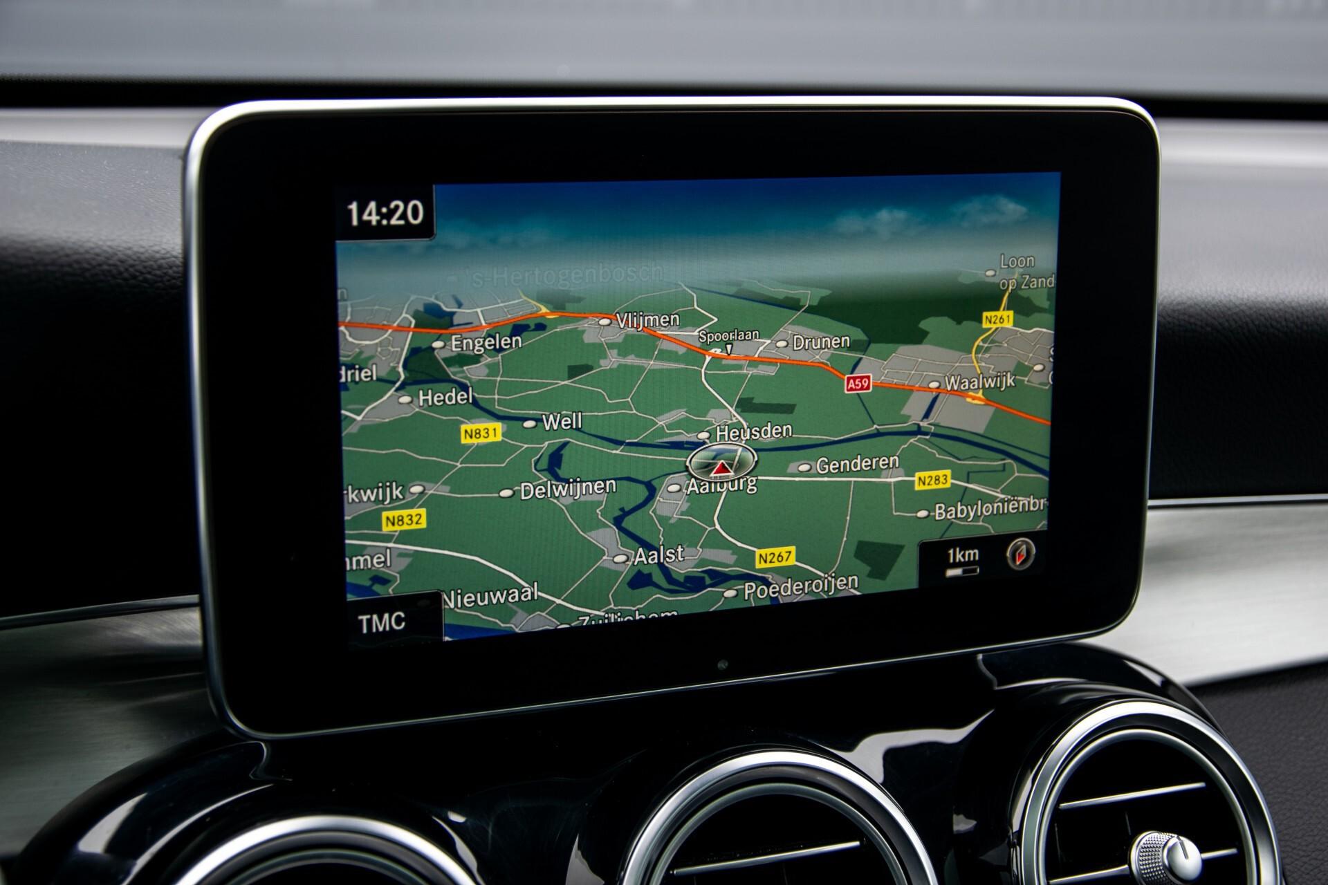 Mercedes-Benz GLC 220 d 4-M AMG/Distronic/Panorama/Comand/HUD/Afn-Trhk Aut9 Foto 20