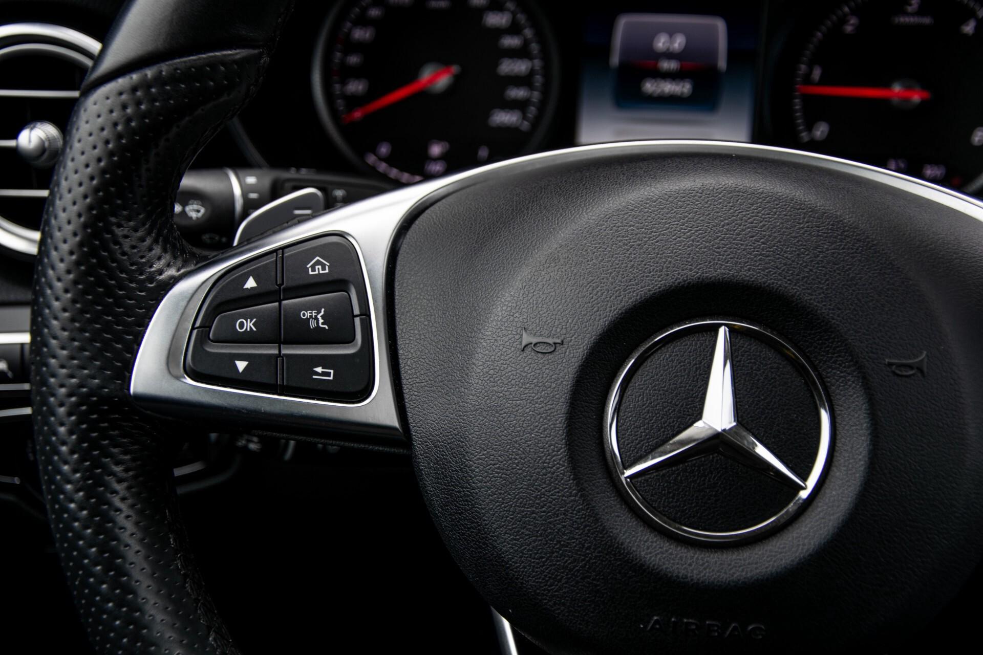 Mercedes-Benz GLC 220 d 4-M AMG/Distronic/Panorama/Comand/HUD/Afn-Trhk Aut9 Foto 9