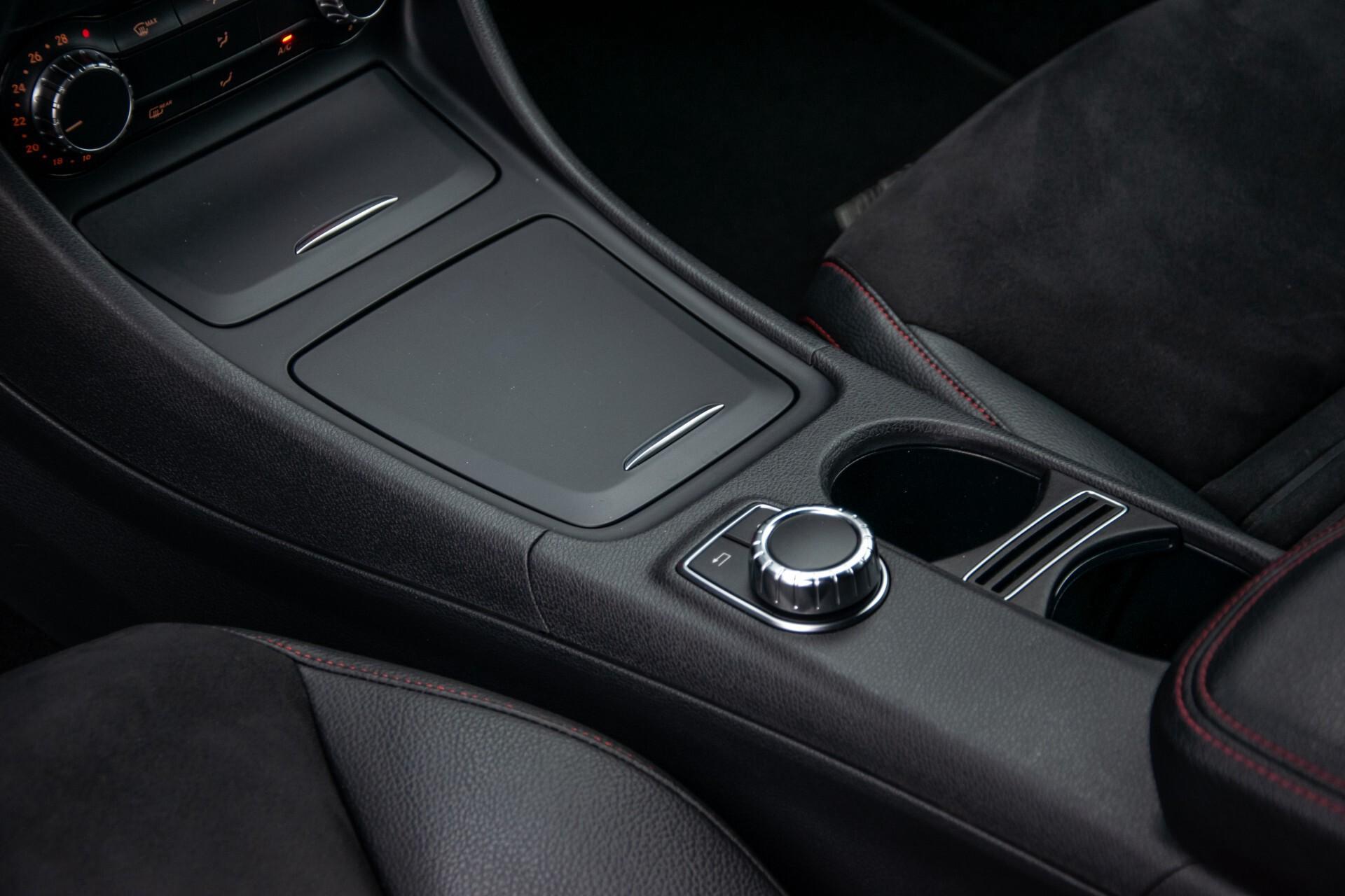 Mercedes-Benz A-Klasse 180 AMG Dynamic Handling/Camera/Xenon/Navi/Privacy Aut7 Foto 17