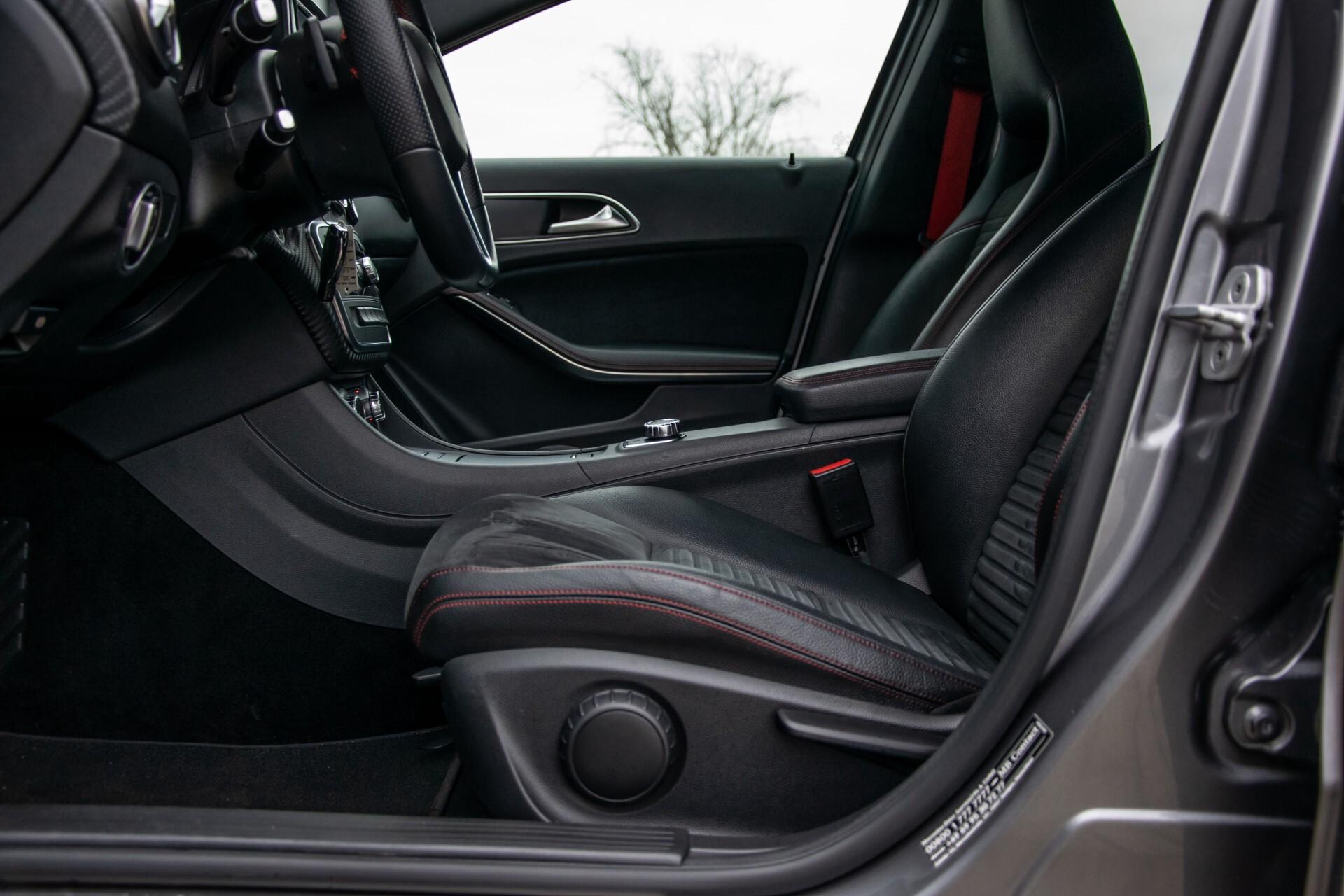 Mercedes-Benz A-Klasse 180 AMG Dynamic Handling/Camera/Xenon/Navi/Privacy Aut7 Foto 18