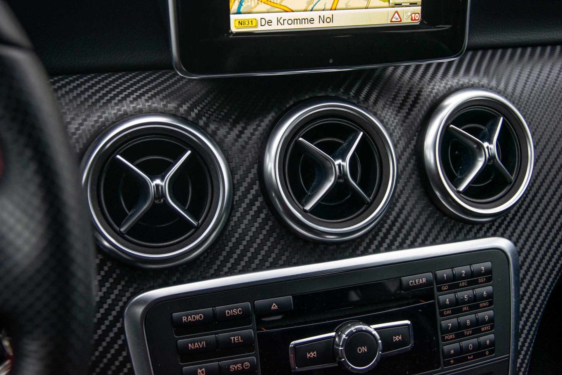 Mercedes-Benz A-Klasse 180 AMG Dynamic Handling/Camera/Xenon/Navi/Privacy Aut7 Foto 20