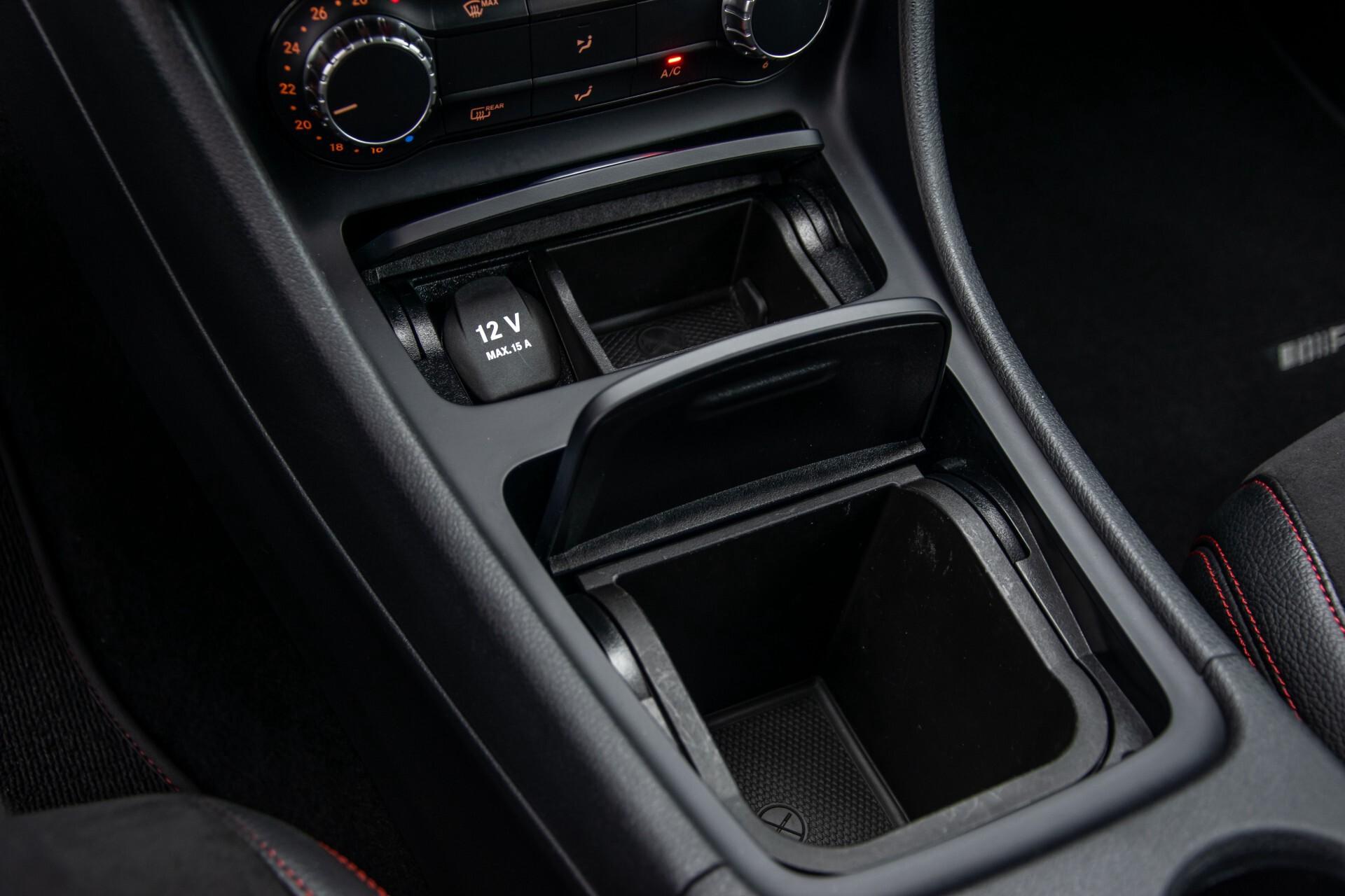Mercedes-Benz A-Klasse 180 AMG Dynamic Handling/Camera/Xenon/Navi/Privacy Aut7 Foto 28
