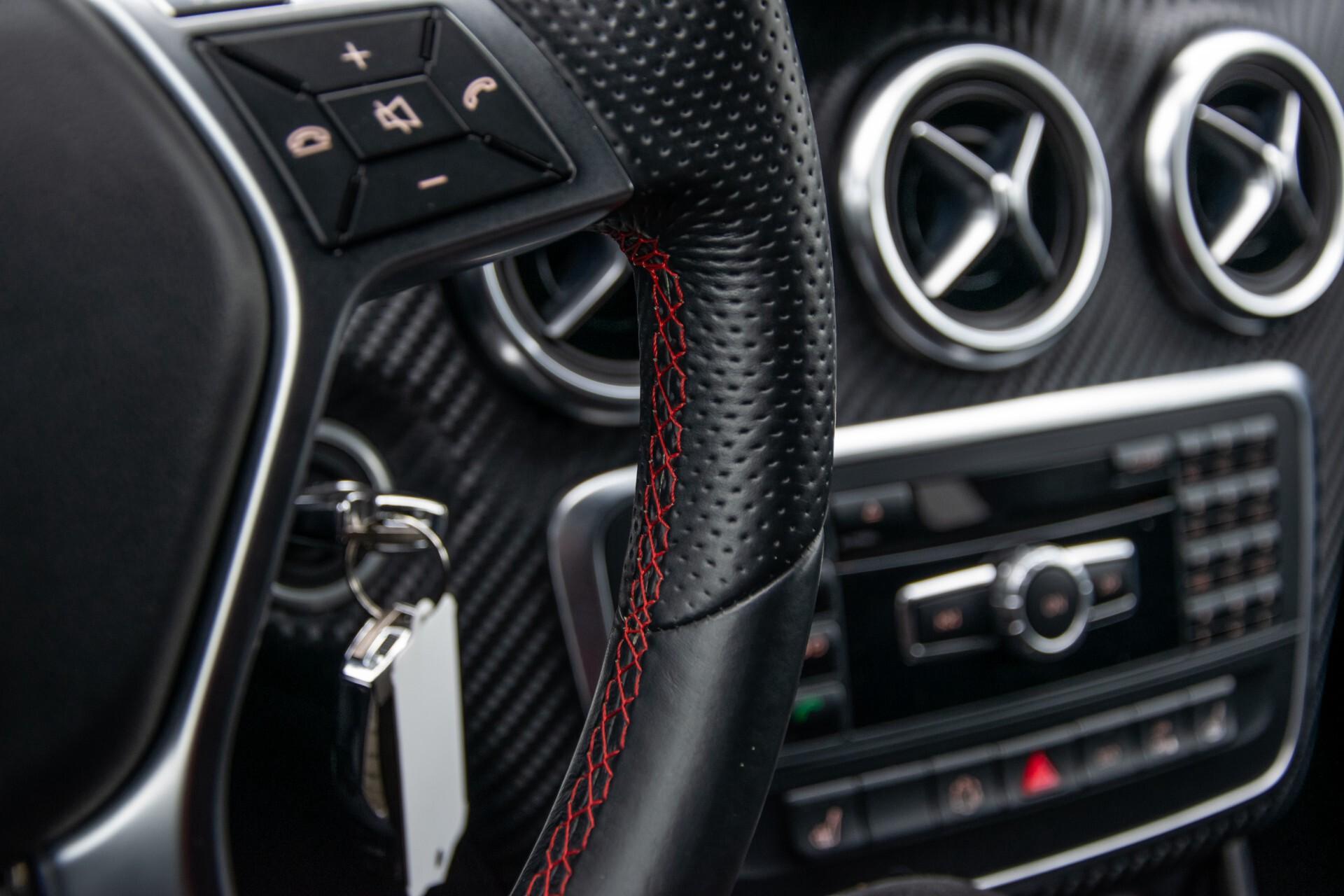 Mercedes-Benz A-Klasse 180 AMG Dynamic Handling/Camera/Xenon/Navi/Privacy Aut7 Foto 30
