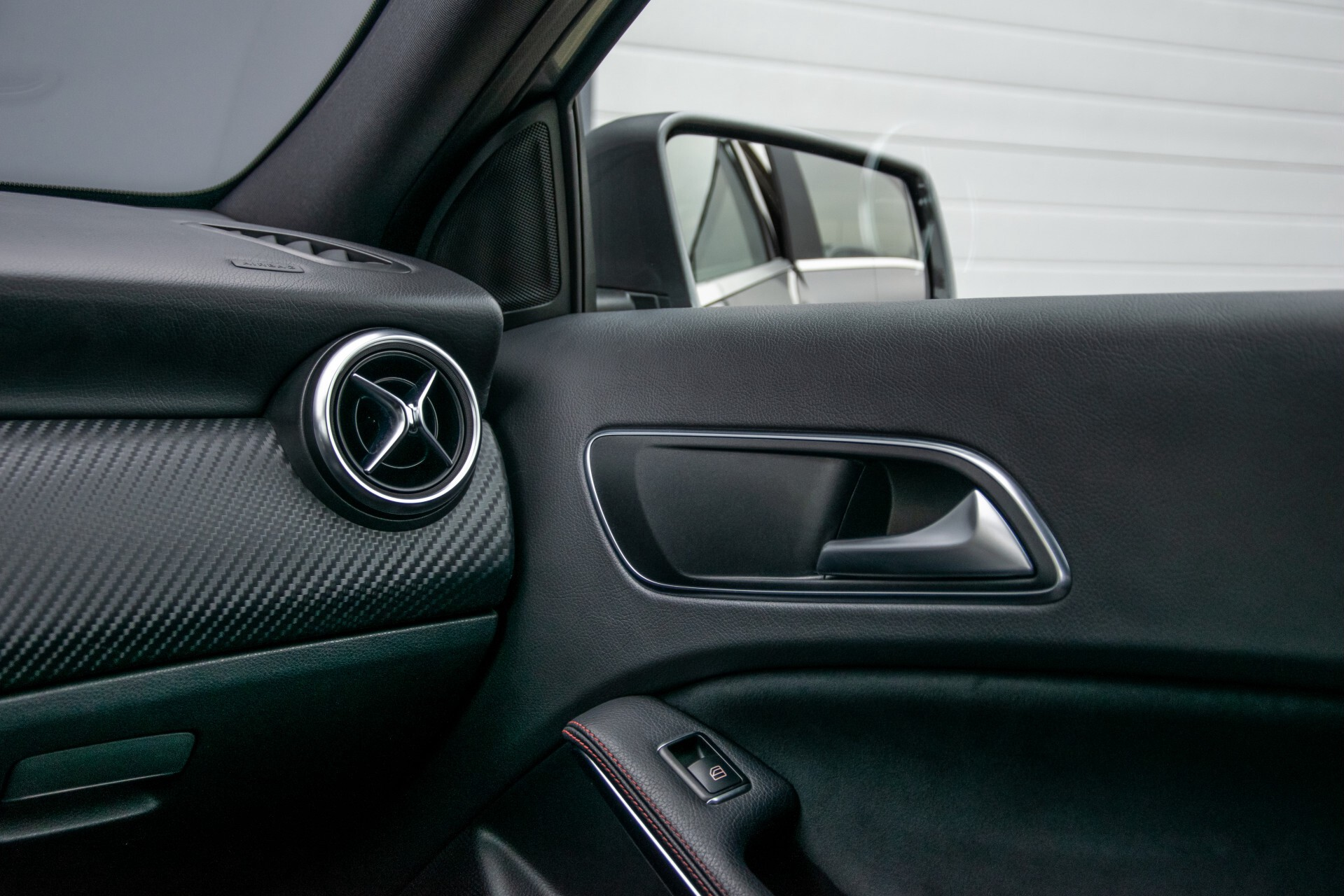 Mercedes-Benz A-Klasse 180 AMG Dynamic Handling/Camera/Xenon/Navi/Privacy Aut7 Foto 37