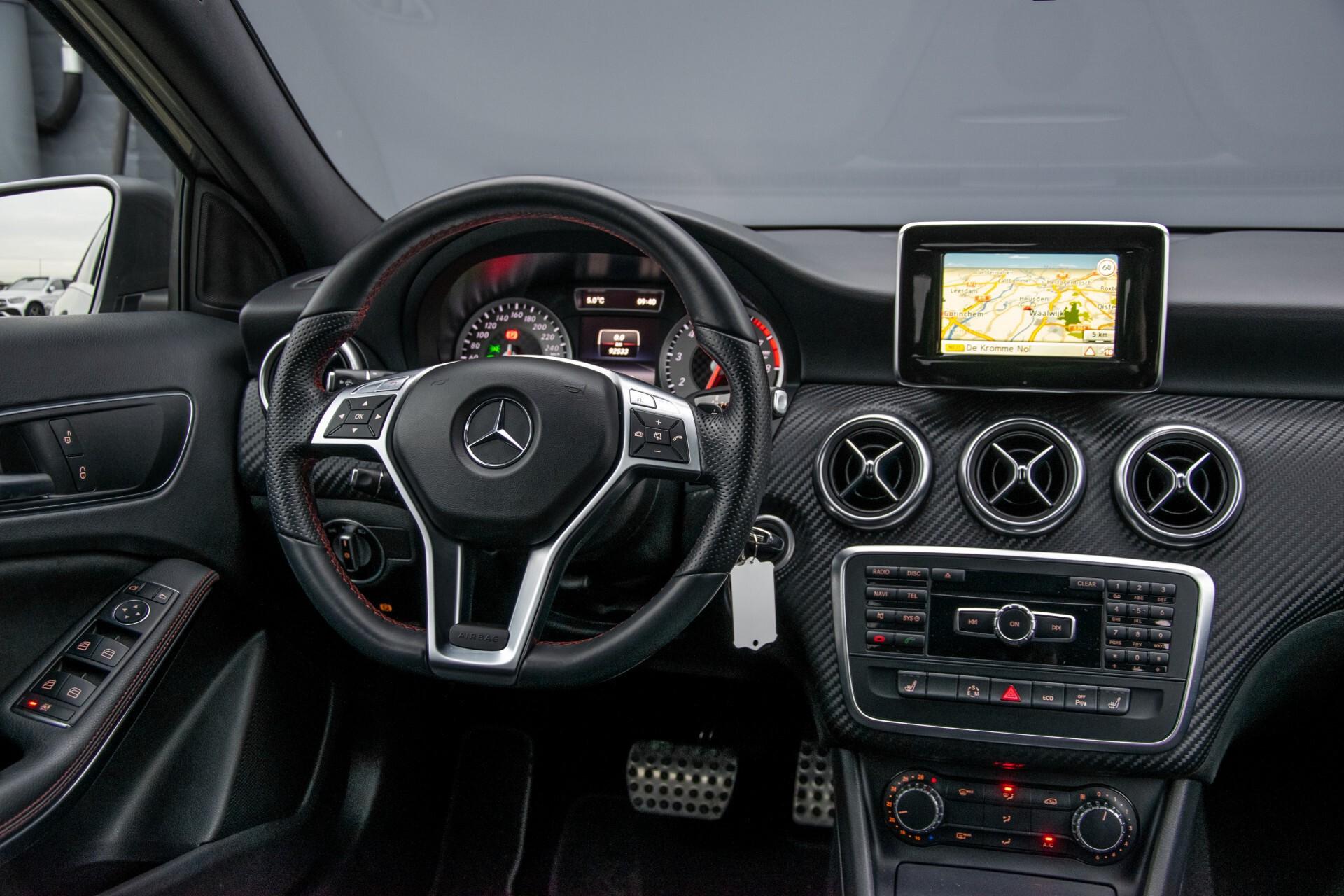 Mercedes-Benz A-Klasse 180 AMG Dynamic Handling/Camera/Xenon/Navi/Privacy Aut7 Foto 6