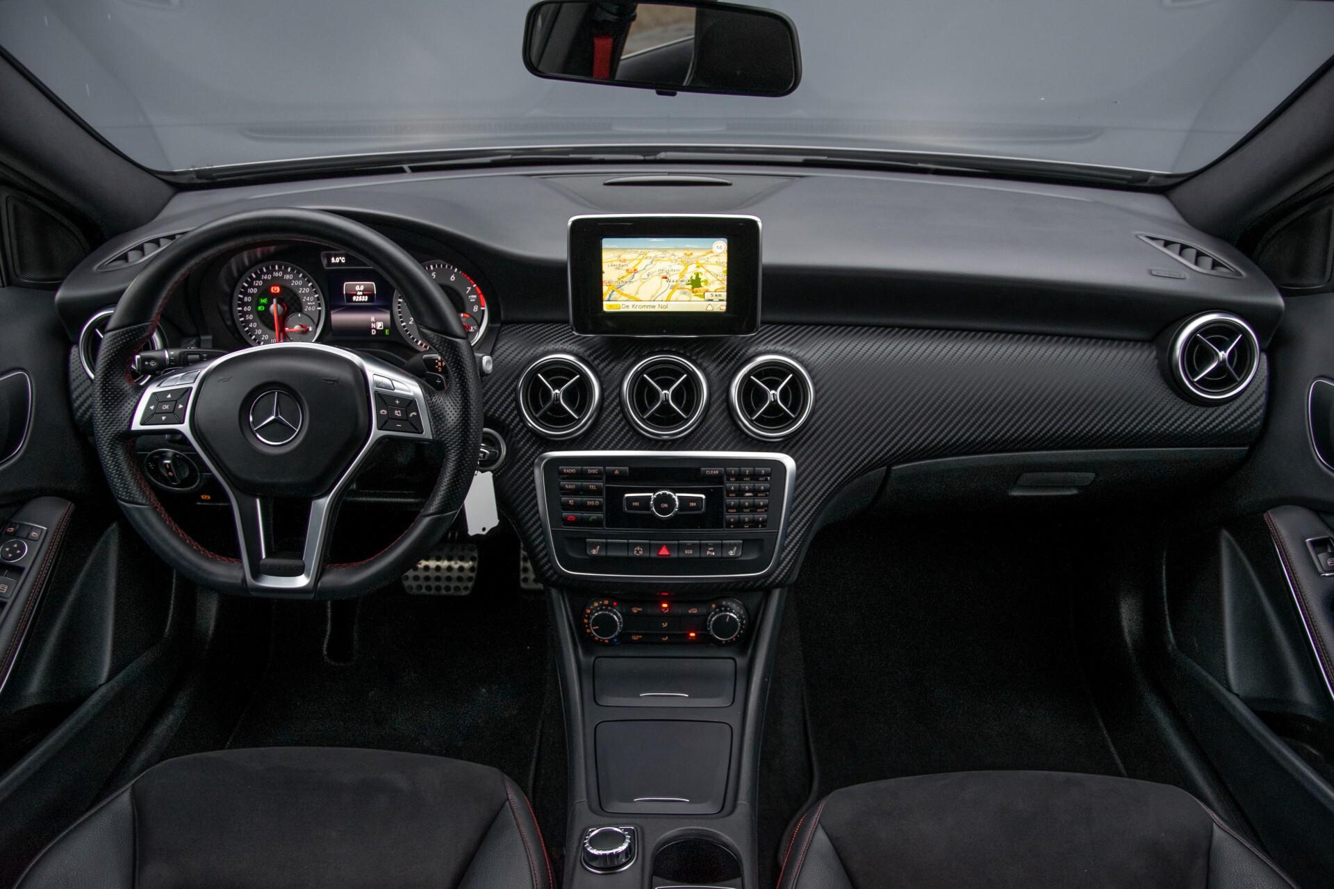 Mercedes-Benz A-Klasse 180 AMG Dynamic Handling/Camera/Xenon/Navi/Privacy Aut7 Foto 7