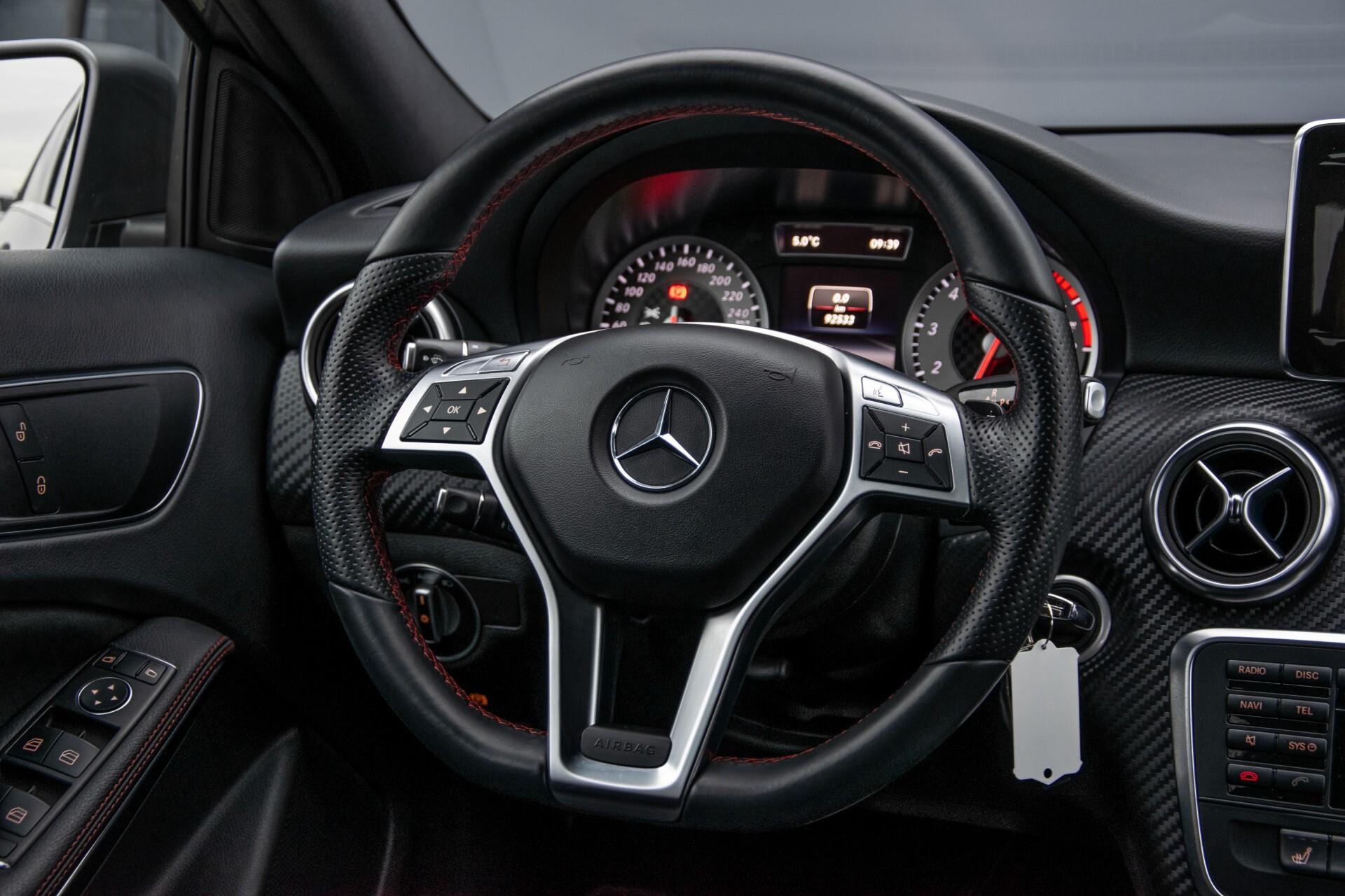 Mercedes-Benz A-Klasse 180 AMG Dynamic Handling/Camera/Xenon/Navi/Privacy Aut7 Foto 8