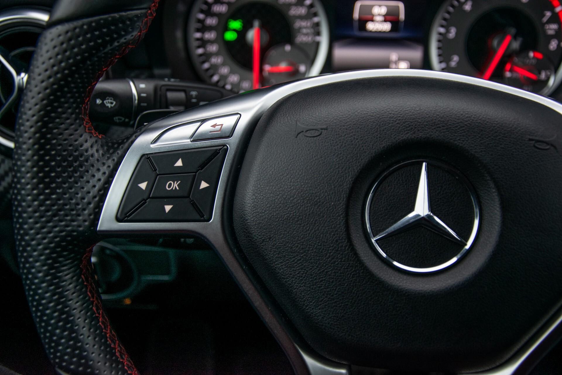 Mercedes-Benz A-Klasse 180 AMG Dynamic Handling/Camera/Xenon/Navi/Privacy Aut7 Foto 9