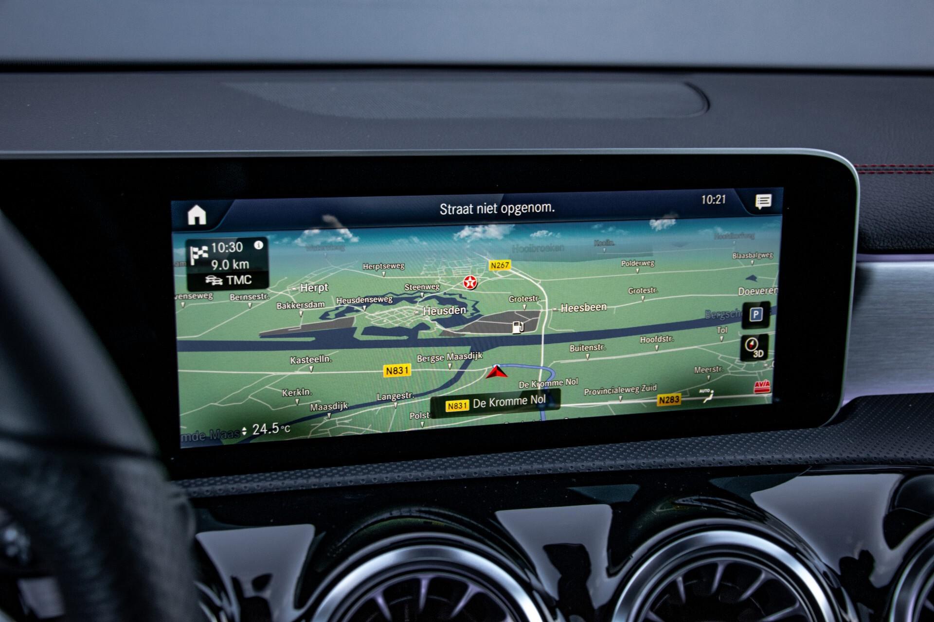 Mercedes-Benz CLA-Klasse Shooting Brake 250 AMG Panorama/Rij-assistentie/Burmester/Night Aut7 Foto 19