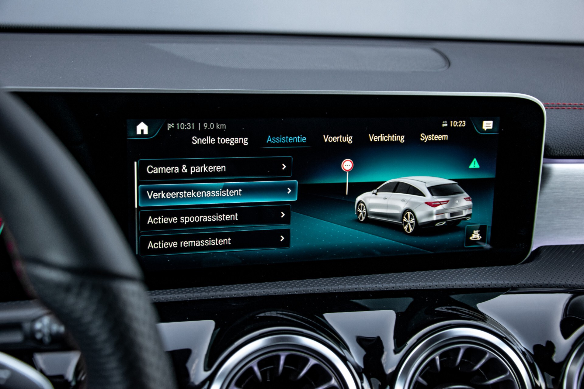 Mercedes-Benz CLA-Klasse Shooting Brake 250 AMG Panorama/Rij-assistentie/Burmester/Night Aut7 Foto 29