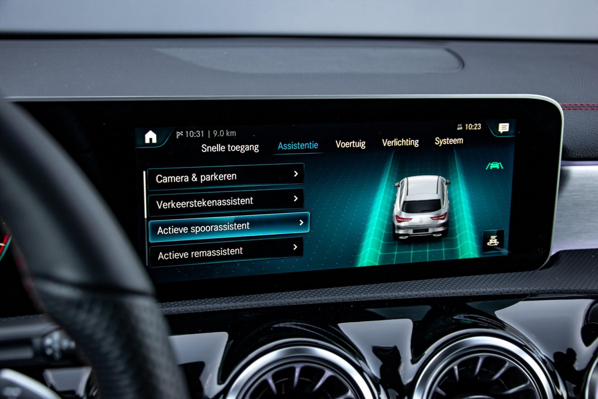 Mercedes-Benz CLA-Klasse Shooting Brake 250 AMG Panorama/Rij-assistentie/Burmester/Night Aut7 Foto 31