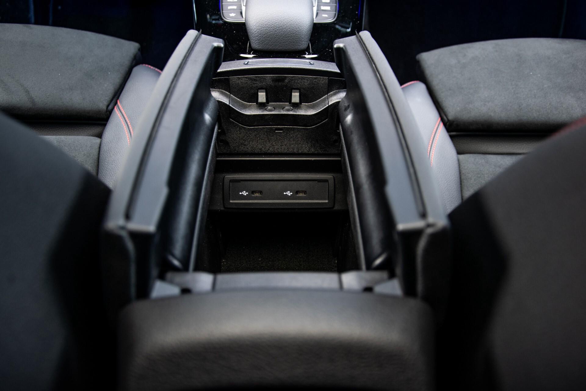 Mercedes-Benz CLA-Klasse Shooting Brake 250 AMG Panorama/Rij-assistentie/Burmester/Night Aut7 Foto 49