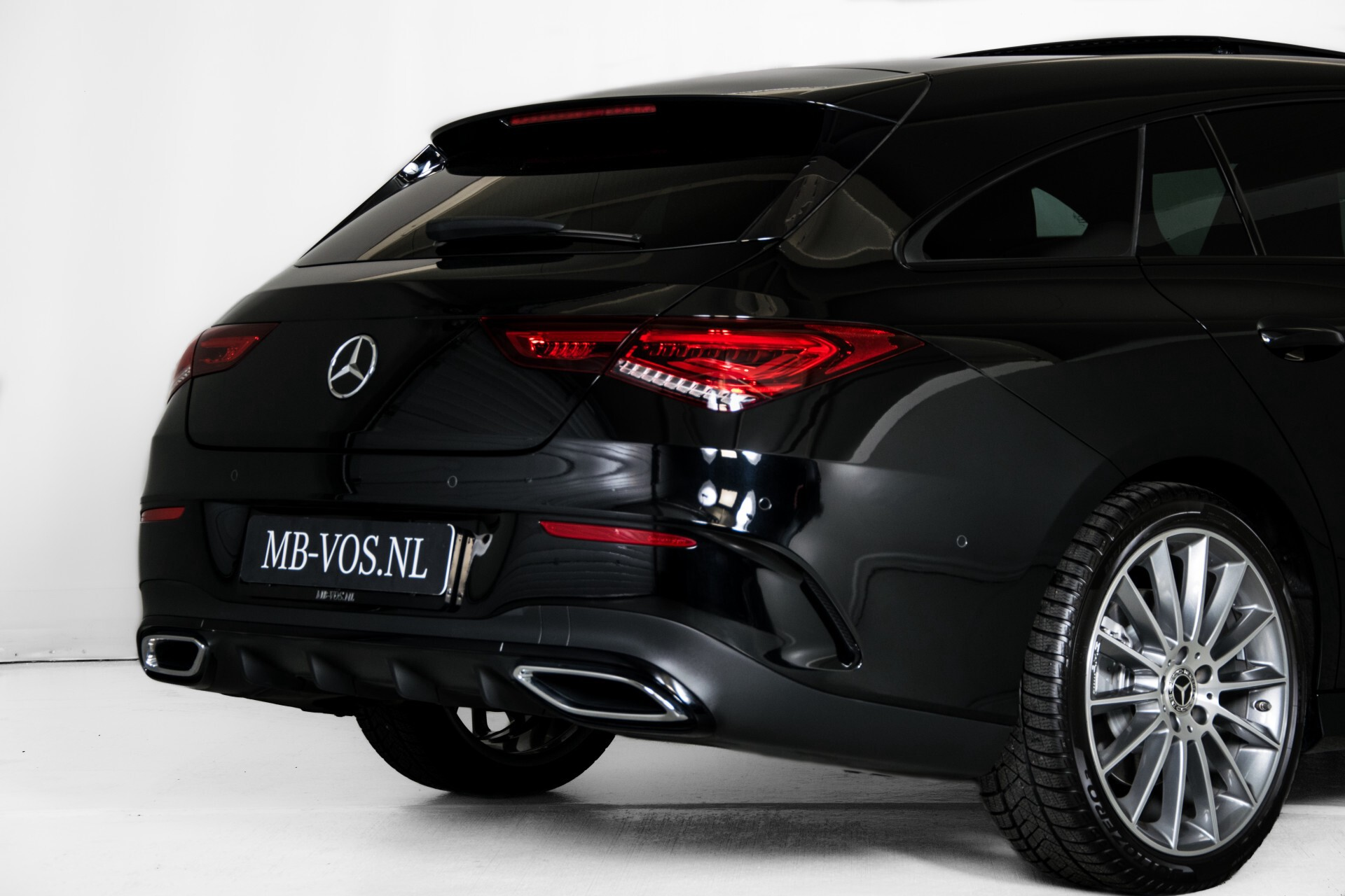 Mercedes-Benz CLA-Klasse Shooting Brake 250 AMG Panorama/Rij-assistentie/Burmester/Night Aut7 Foto 59
