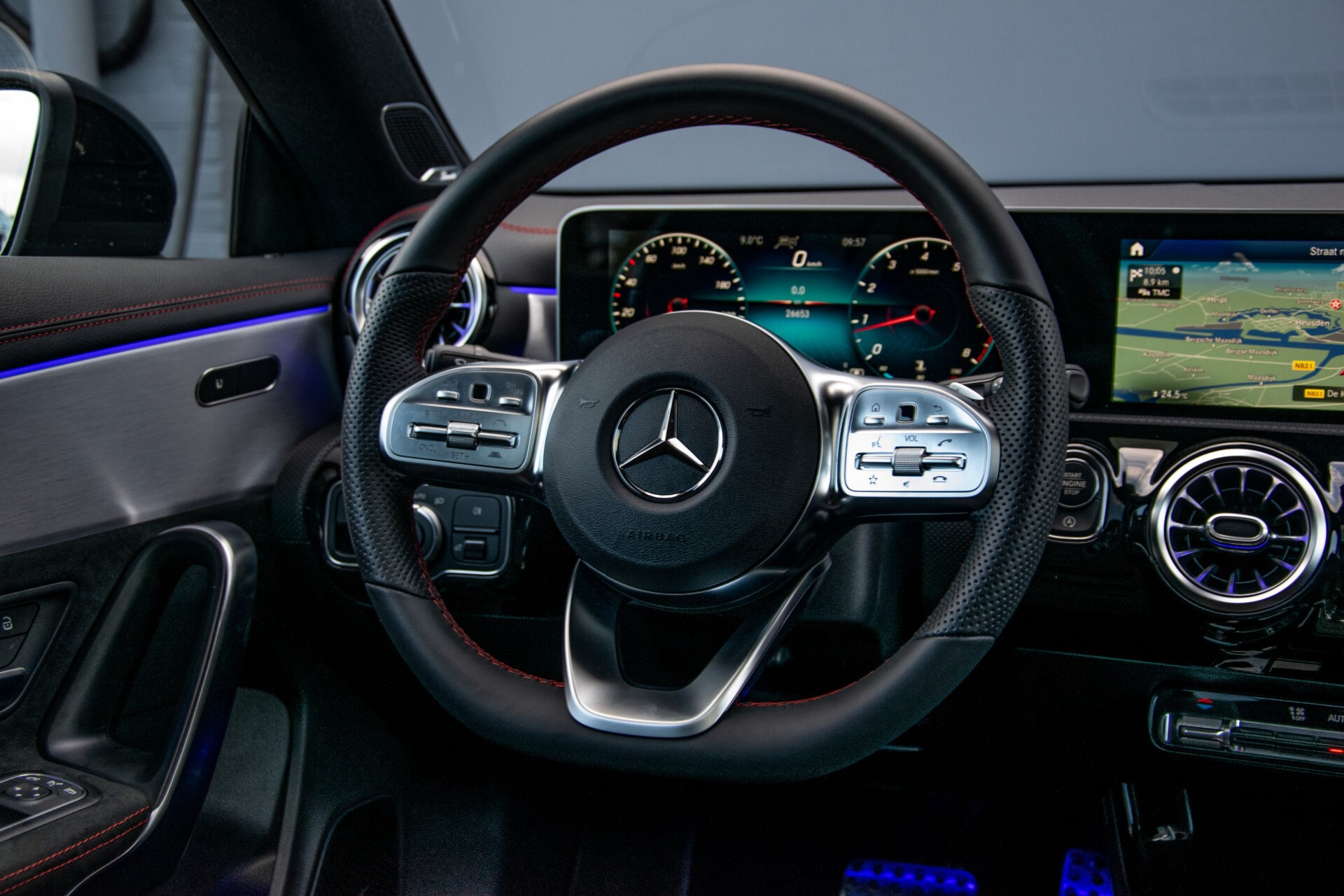Mercedes-Benz CLA-Klasse Shooting Brake 250 AMG Panorama/Rij-assistentie/Burmester/Night Aut7 Foto 8