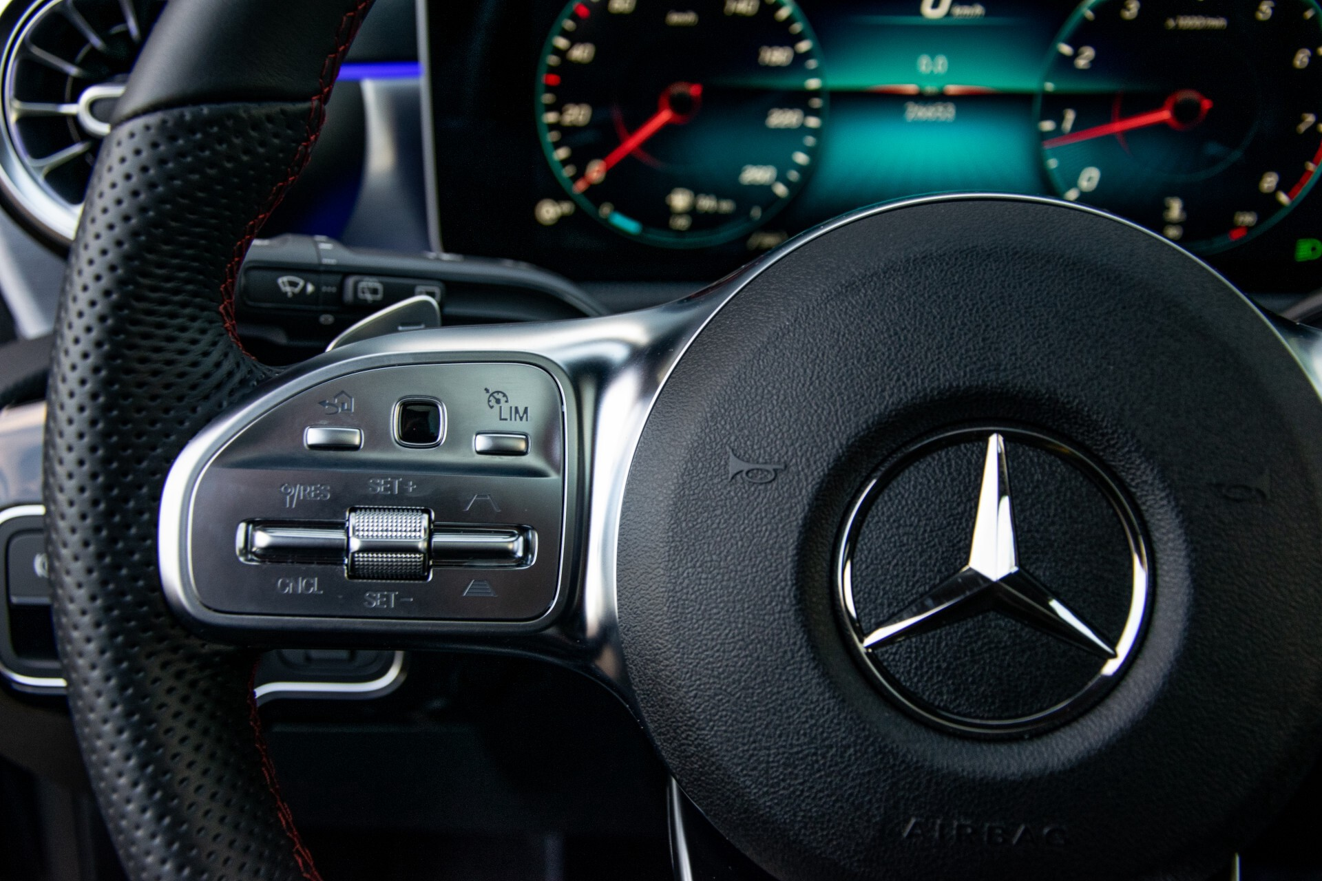 Mercedes-Benz CLA-Klasse Shooting Brake 250 AMG Panorama/Rij-assistentie/Burmester/Night Aut7 Foto 9