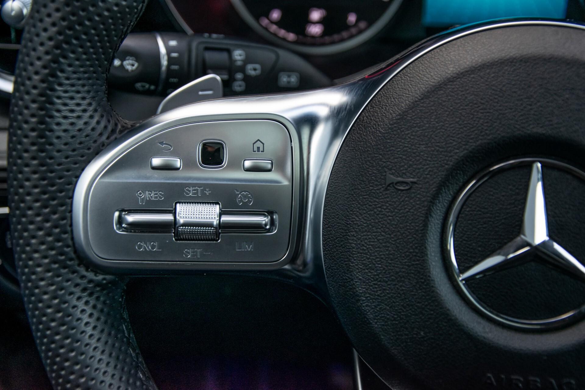 Mercedes-Benz GLC 300 4-M AMG Panorama/Keyless/Assistentiepakket/MBUX//Wegkl-trekhaak Aut9 Foto 10